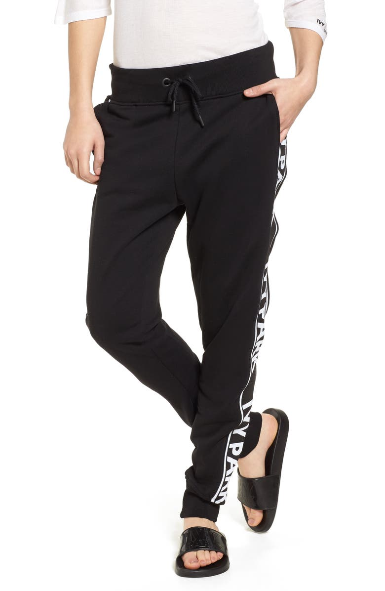 bbbe59a73485 IVY PARK SUP ®  SUP  Logo Tape Jogger ...