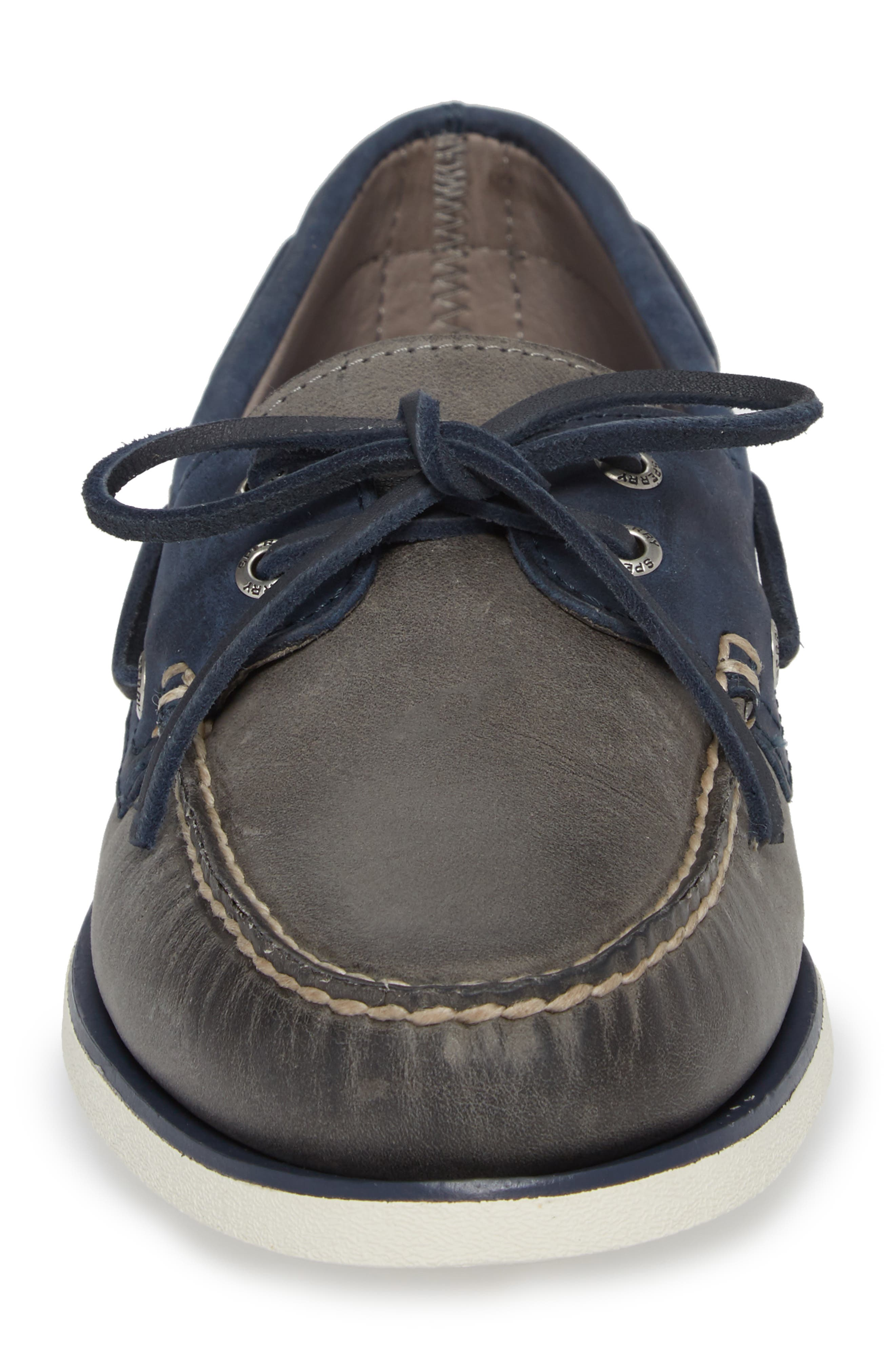 SPERRY, Gold Cup Authentic Original Boat Shoe, Alternate thumbnail 4, color, GREY/ NAVY LEATHER