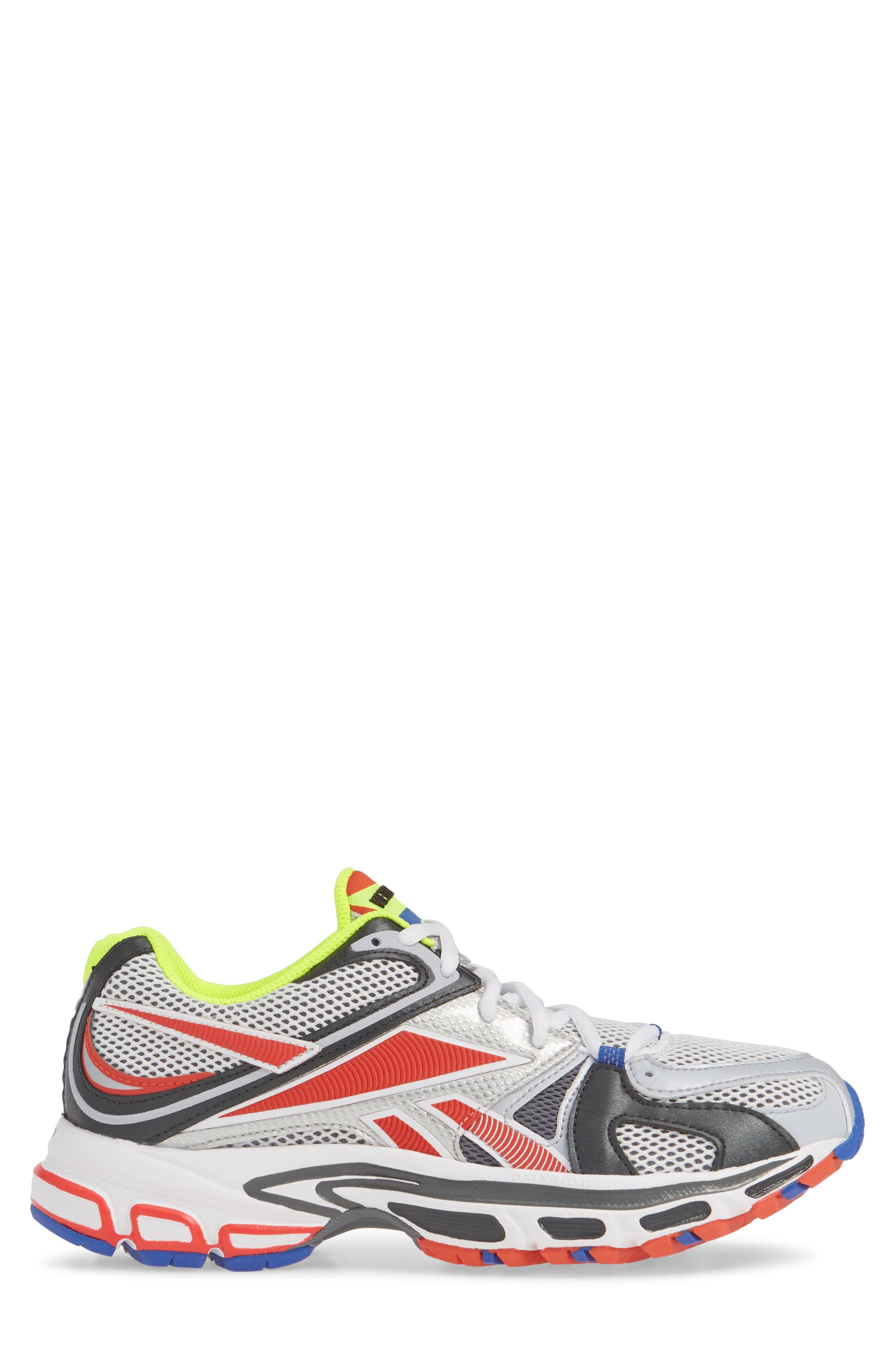 VETEMENTS, x Reebok Spike Runner 200 Sneaker, Alternate thumbnail 3, color, FLUO YELLOW