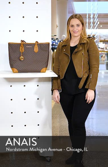 Eva Large Tote, sales video thumbnail