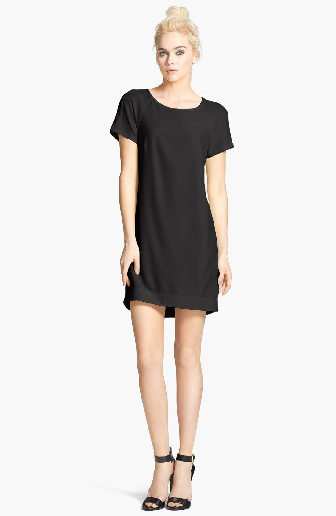 WAYF Crepe Shift Dress, Main, color, 001