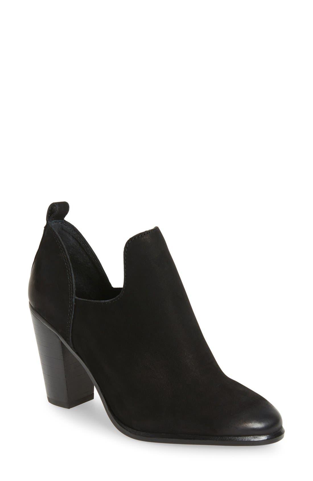 VINCE CAMUTO 'Federa' Block Heel Bootie, Main, color, 001