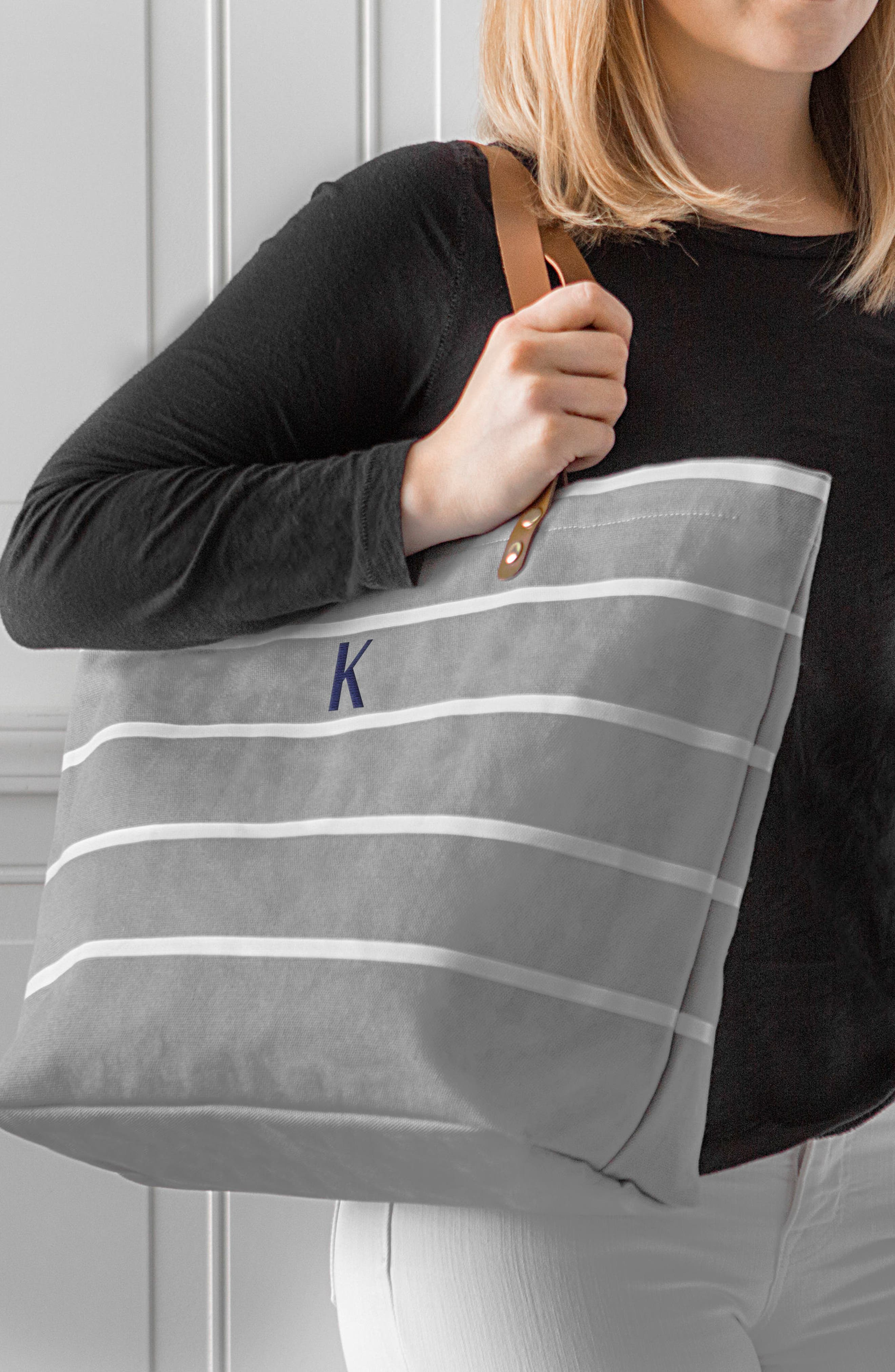 CATHY'S CONCEPTS, Monogram Large Canvas Tote, Alternate thumbnail 7, color, GREY