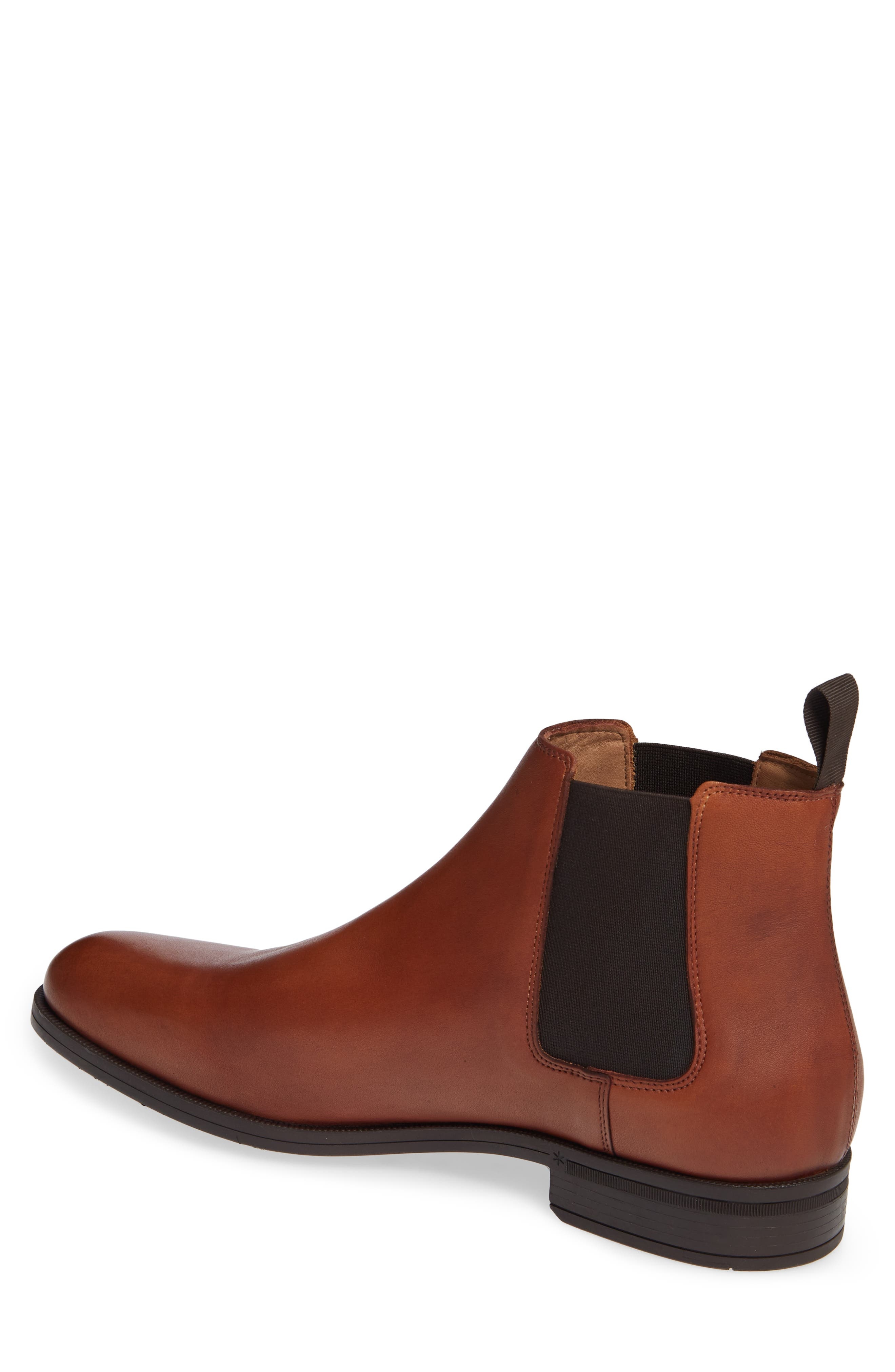 VINCE CAMUTO, Ivo Mid Chelsea Boot, Alternate thumbnail 2, color, COGNAC LEATHER