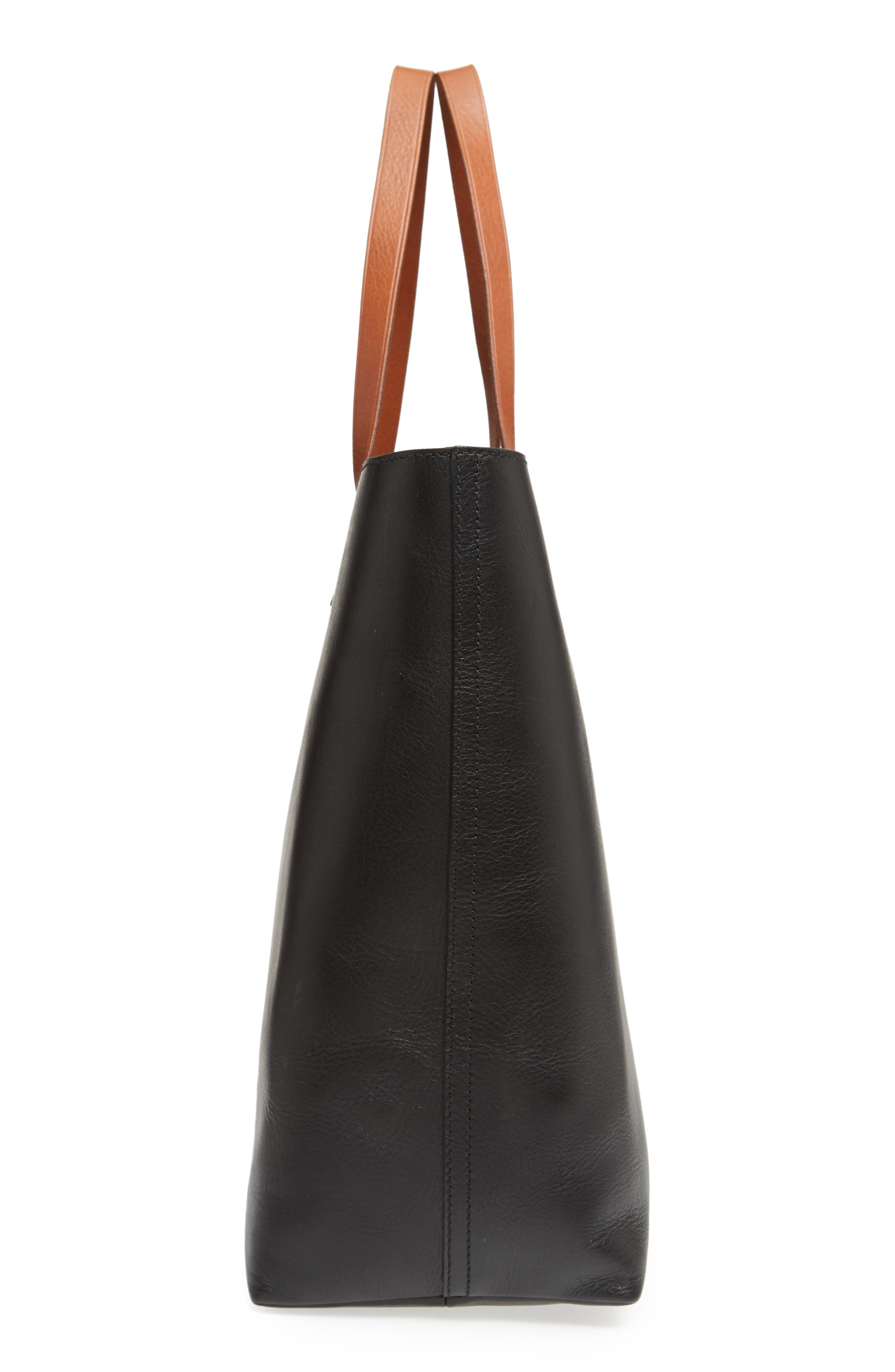 MADEWELL, Zip Top Transport Leather Tote, Alternate thumbnail 6, color, TRUE BLACK W/ BROWN