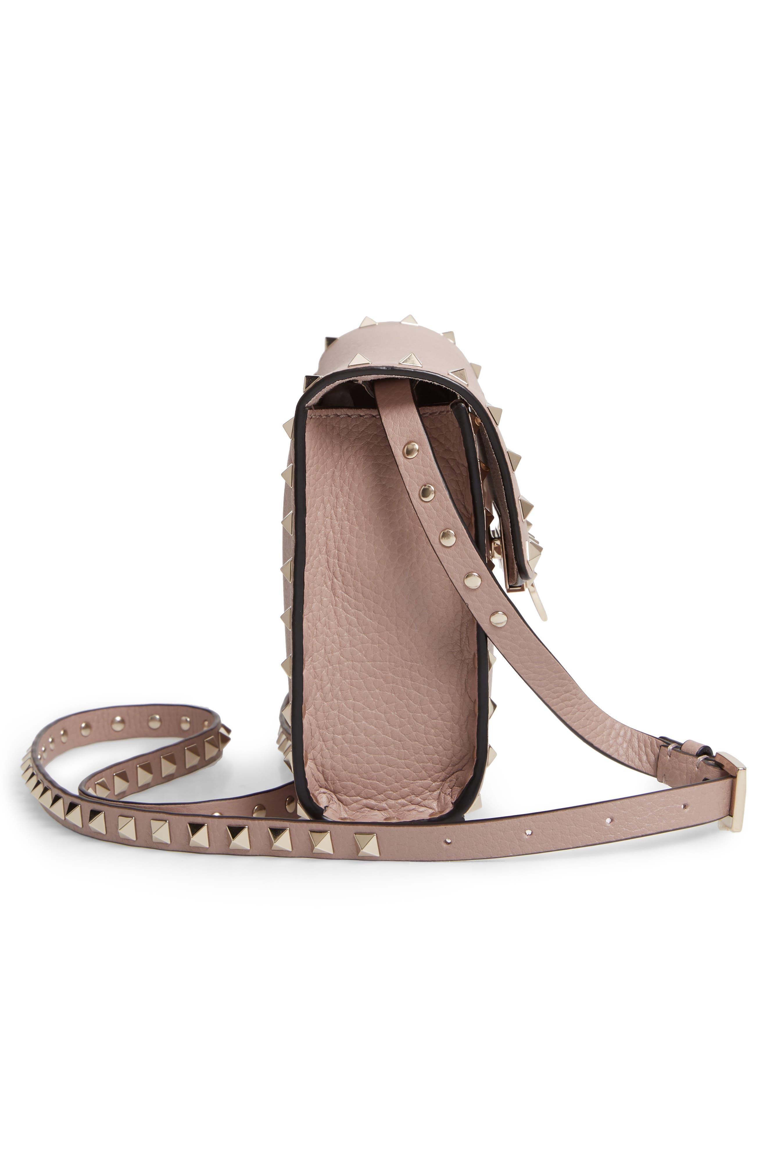 VALENTINO GARAVANI, Medium Rockstud Leather Crossbody Bag, Alternate thumbnail 5, color, POUDRE