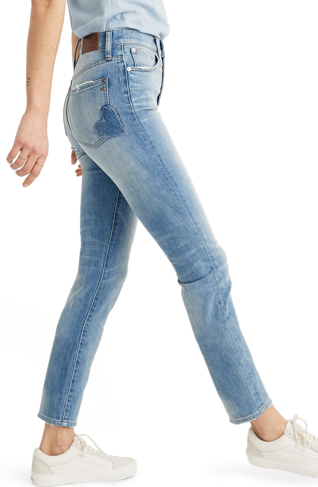 MADEWELL, The Perfect Vintage Heart Patch High Waist Jeans, Alternate thumbnail 4, color, ATWATER WASH