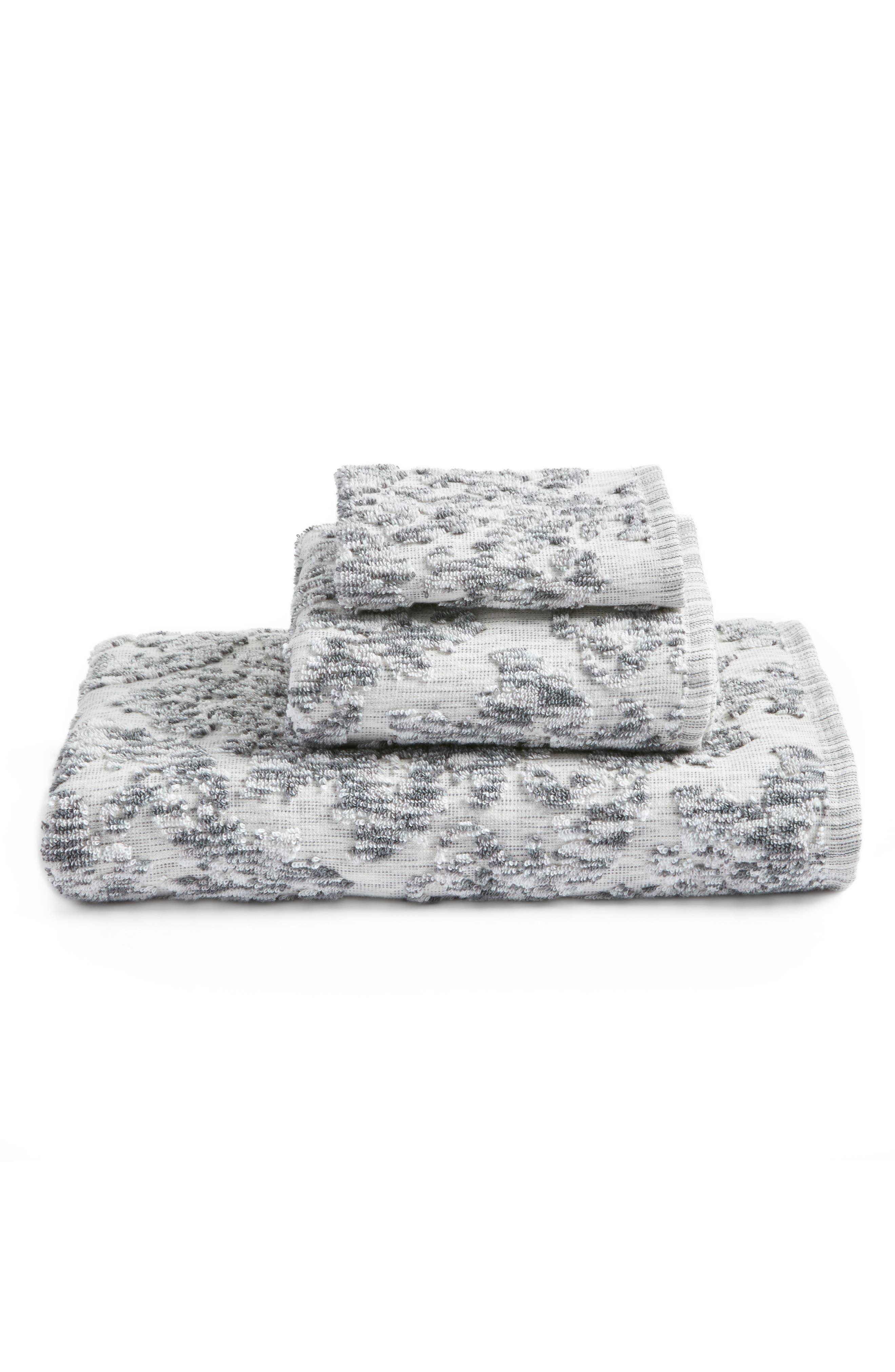 NORDSTROM AT HOME, Easton Bath Towel, Alternate thumbnail 2, color, GREY FROST MULTI