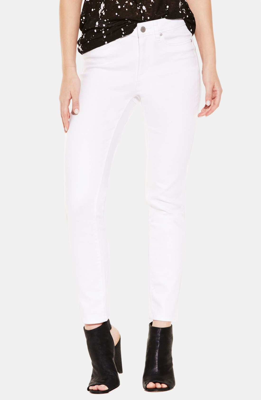 VINCE CAMUTO, Skinny Jeans, Alternate thumbnail 7, color, ULTRA WHITE