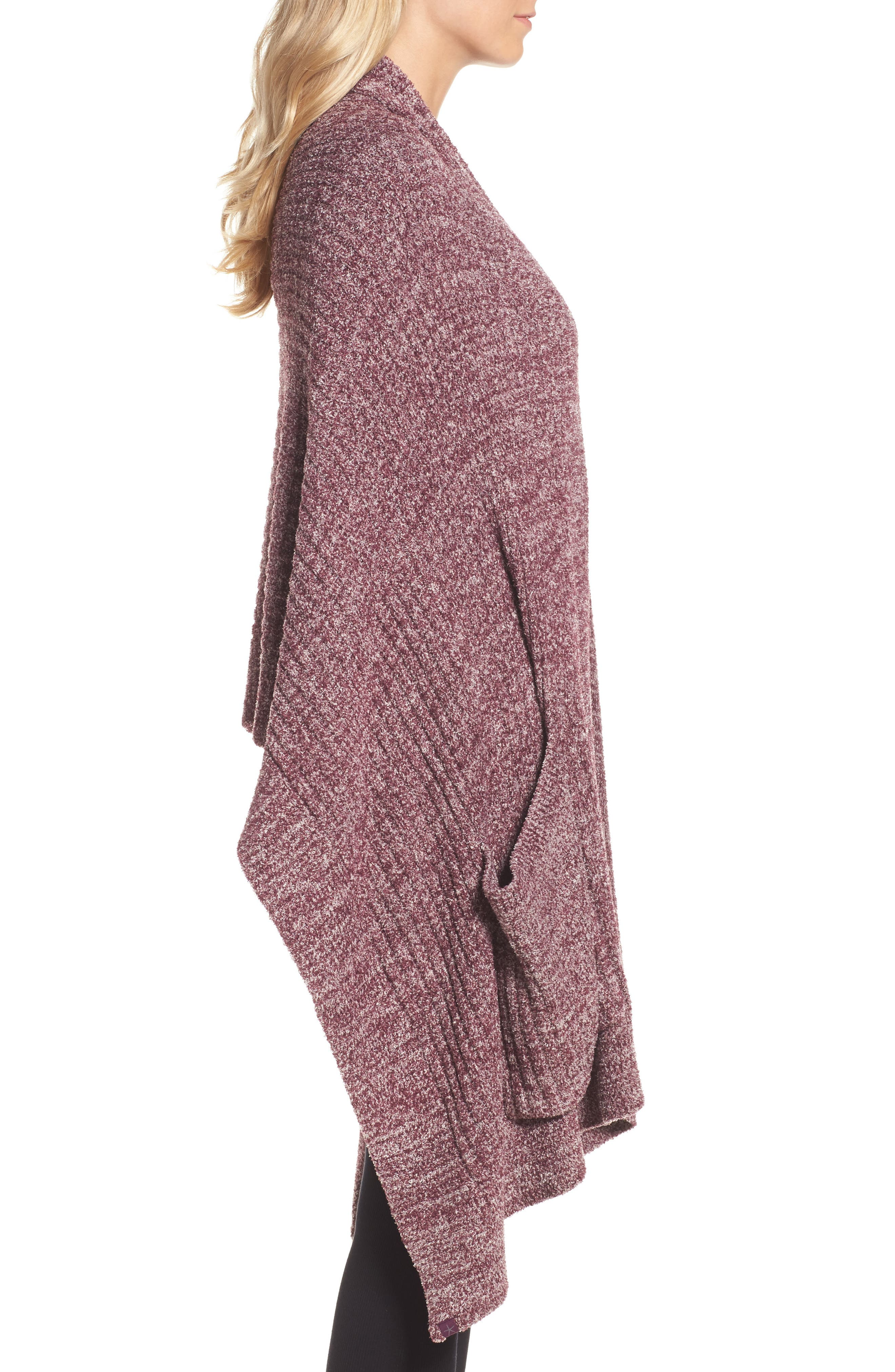 BAREFOOT DREAMS<SUP>®</SUP>, Cozychic Lite<sup>®</sup> Travel Shawl, Alternate thumbnail 3, color, 930