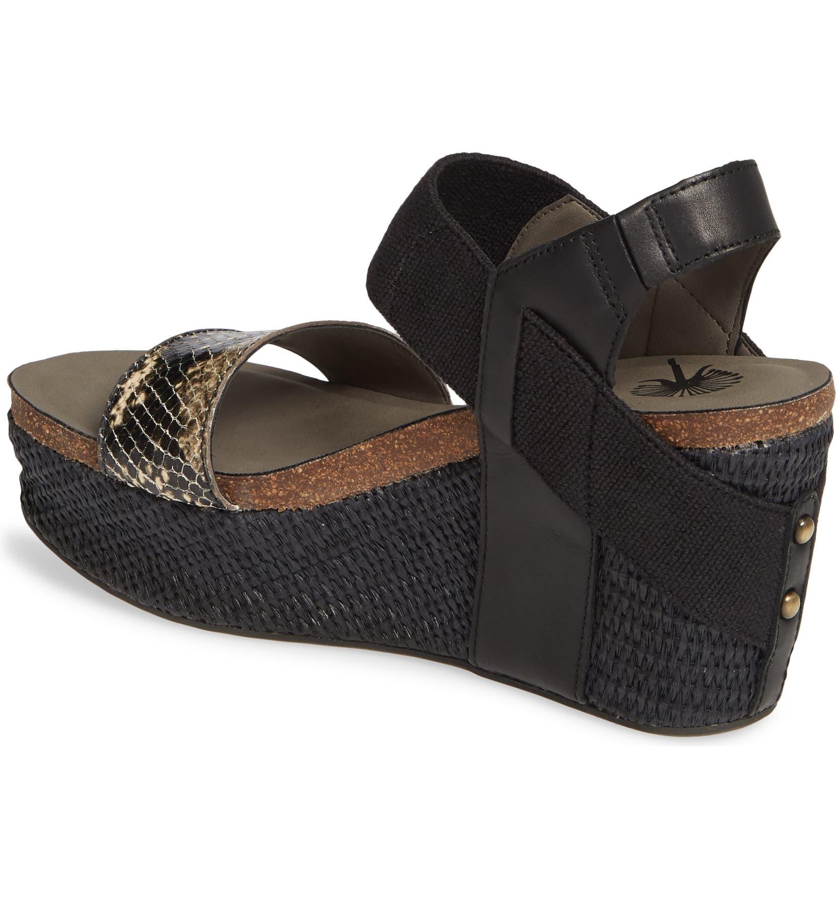 b297247e96b6 OTBT  Bushnell  Wedge Sandal