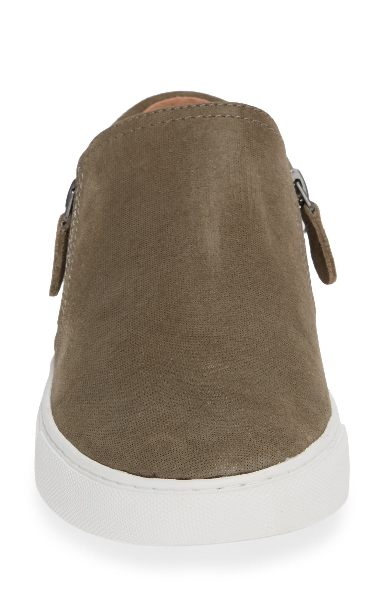 GENTLE SOULS BY KENNETH COLE, Lowe Sneaker, Alternate thumbnail 4, color, CEMENT SUEDE