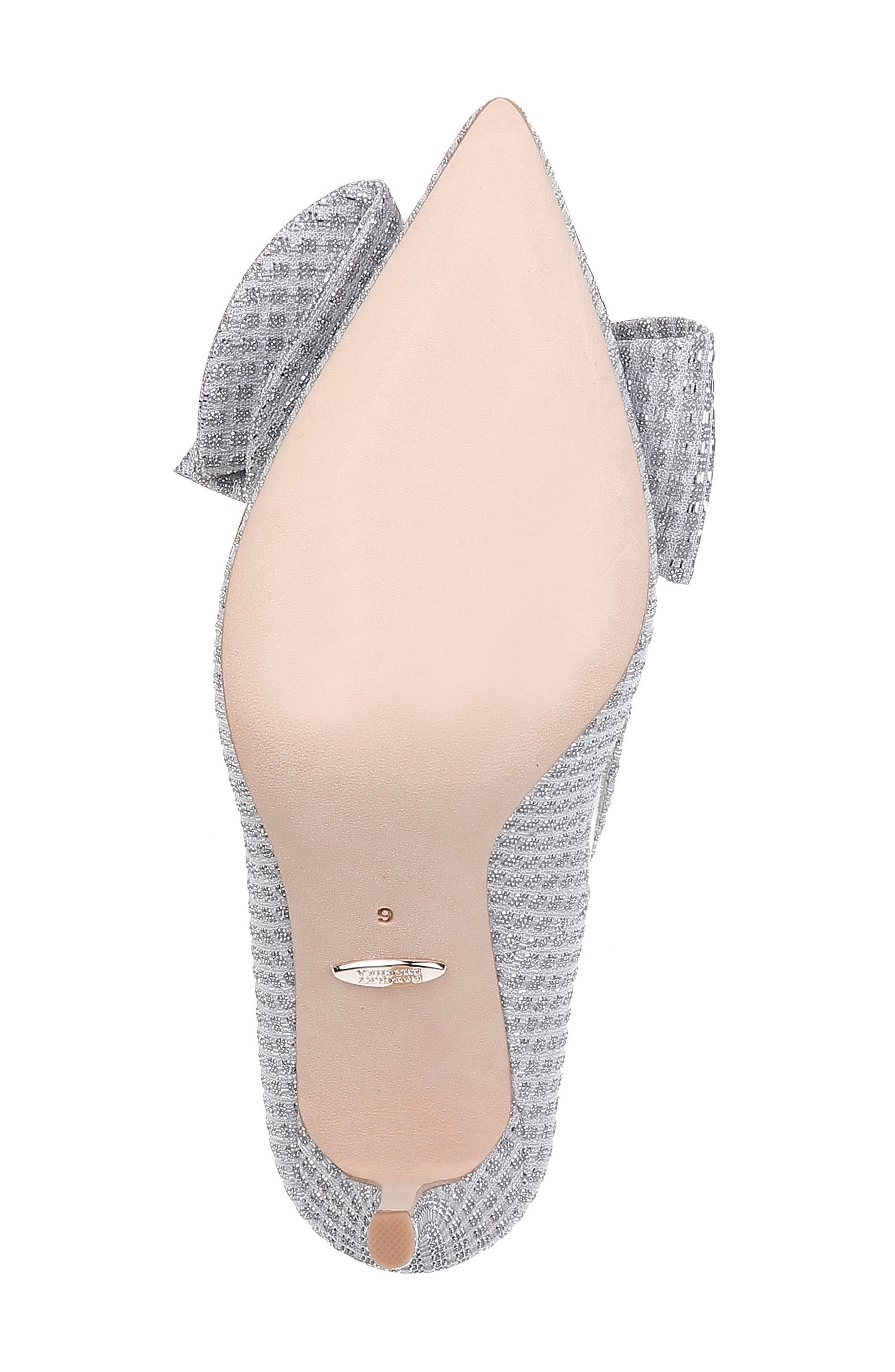 BADGLEY MISCHKA COLLECTION, Badgley Mischka Frances Bow Pump, Alternate thumbnail 6, color, SILVER GLITTER FABRIC