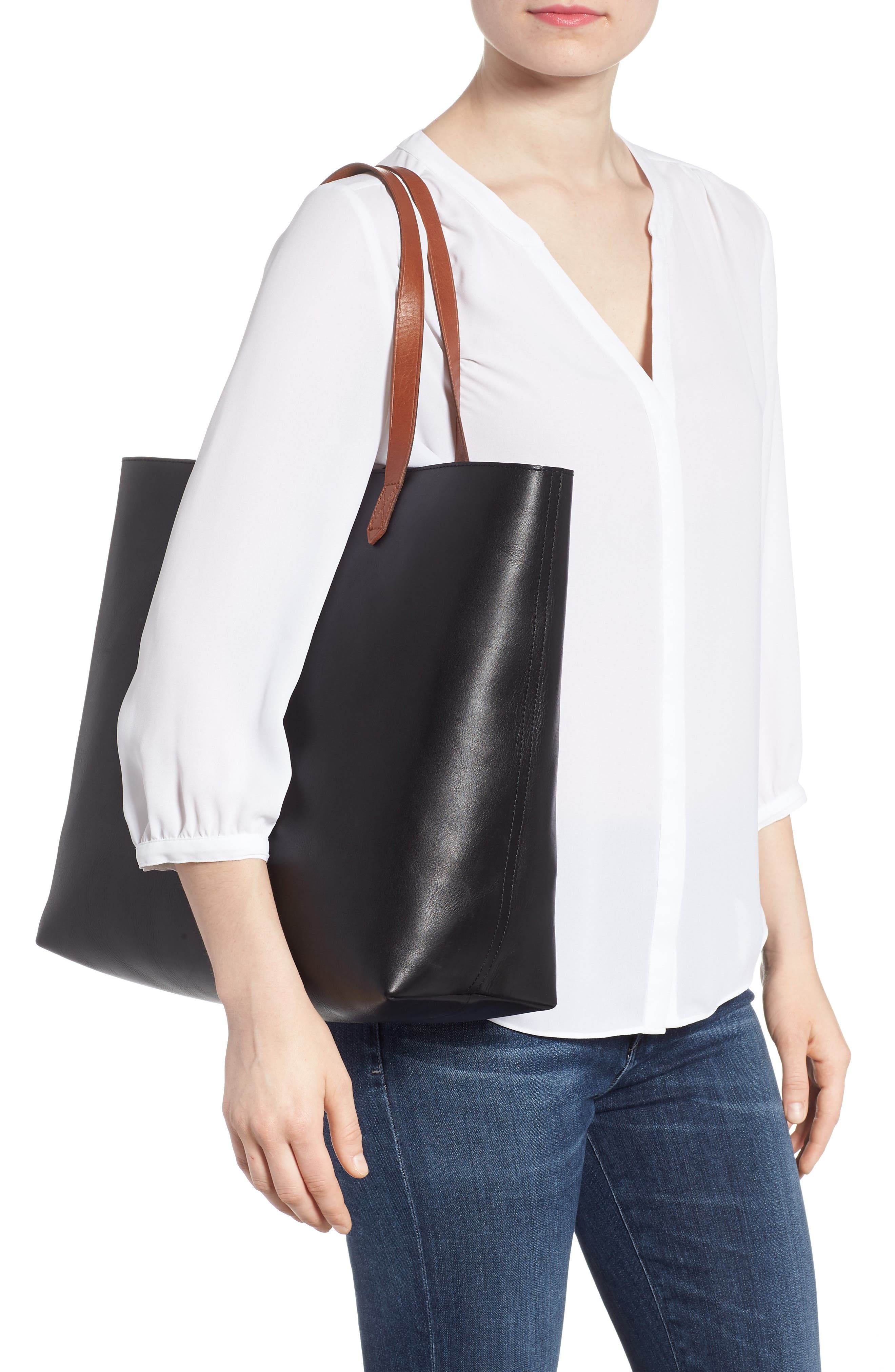 MADEWELL, Zip Top Transport Leather Tote, Alternate thumbnail 2, color, TRUE BLACK W/ BROWN