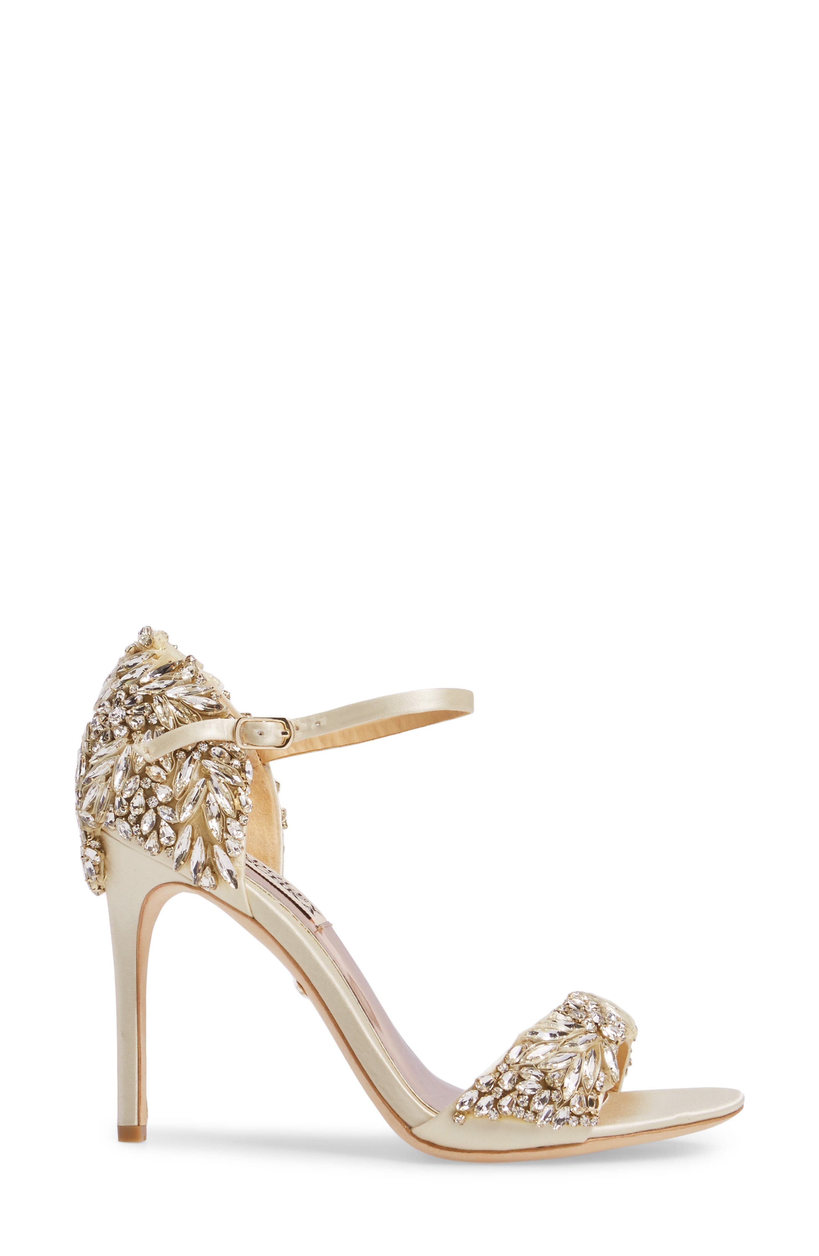 BADGLEY MISCHKA COLLECTION, Badgley Mischka Tampa Ankle Strap Sandal, Alternate thumbnail 3, color, IVORY SATIN