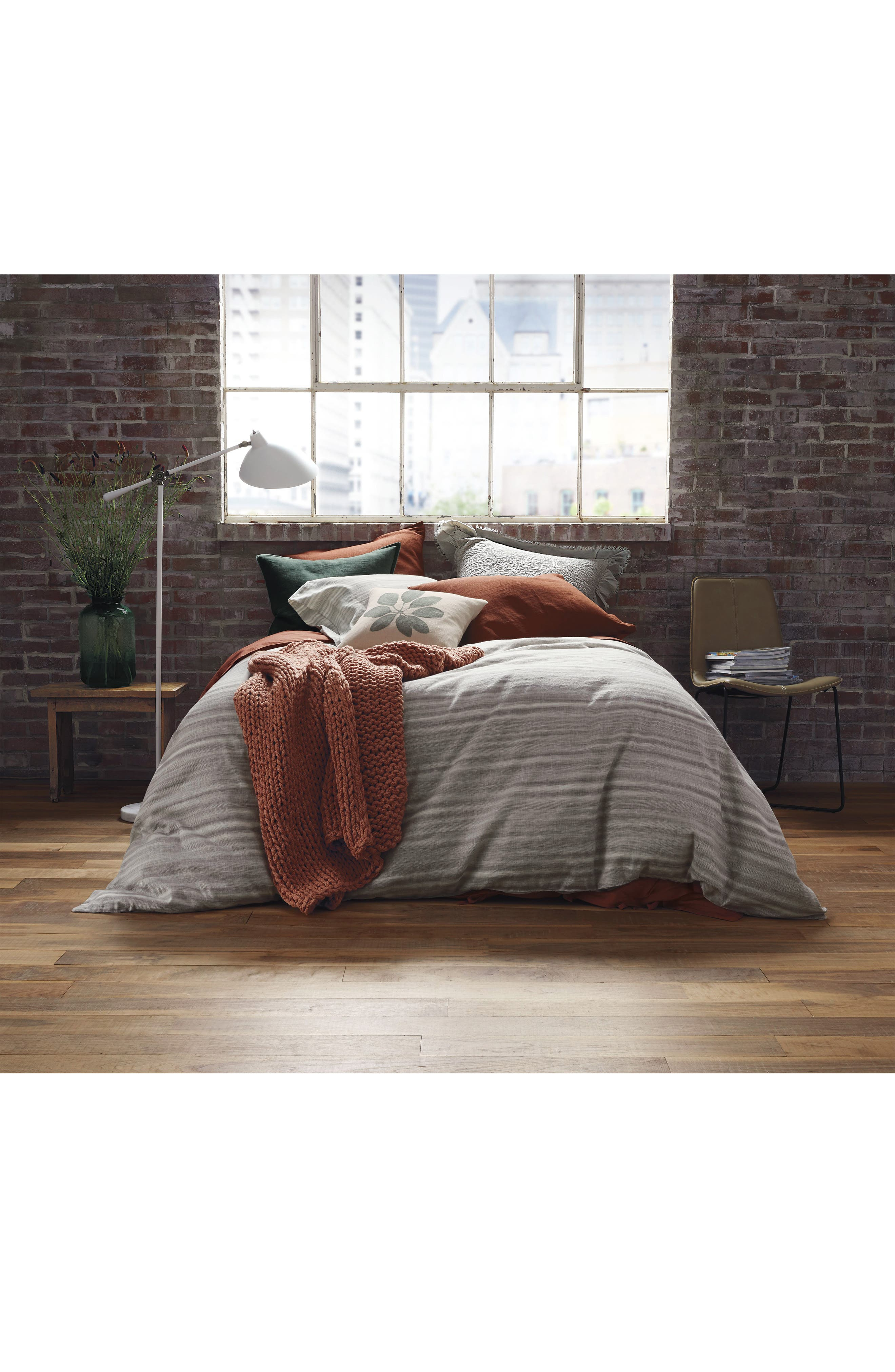 TREASURE & BOND, Sandstone Stripe Duvet Cover, Alternate thumbnail 3, color, GREY OWL MULTI