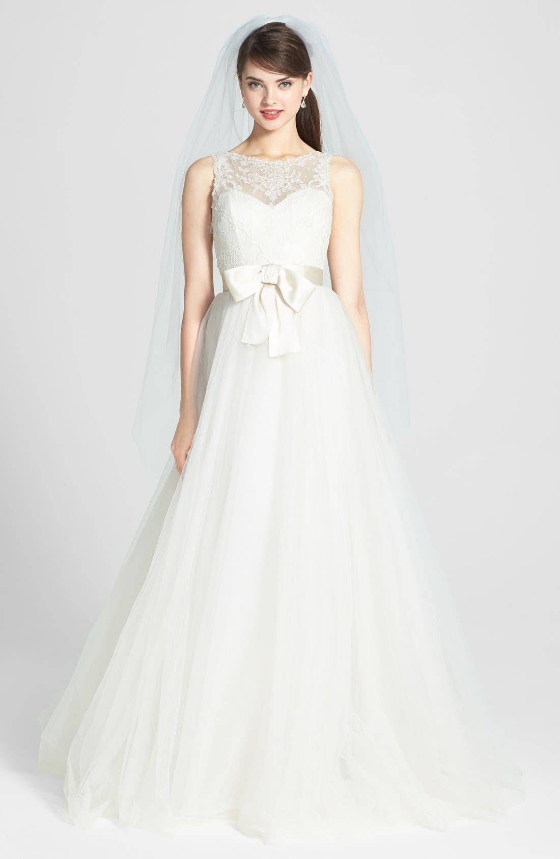 AMSALE, Quinn French Lace Illusion Bodice Tulle Wedding Dress, Alternate thumbnail 4, color, 900