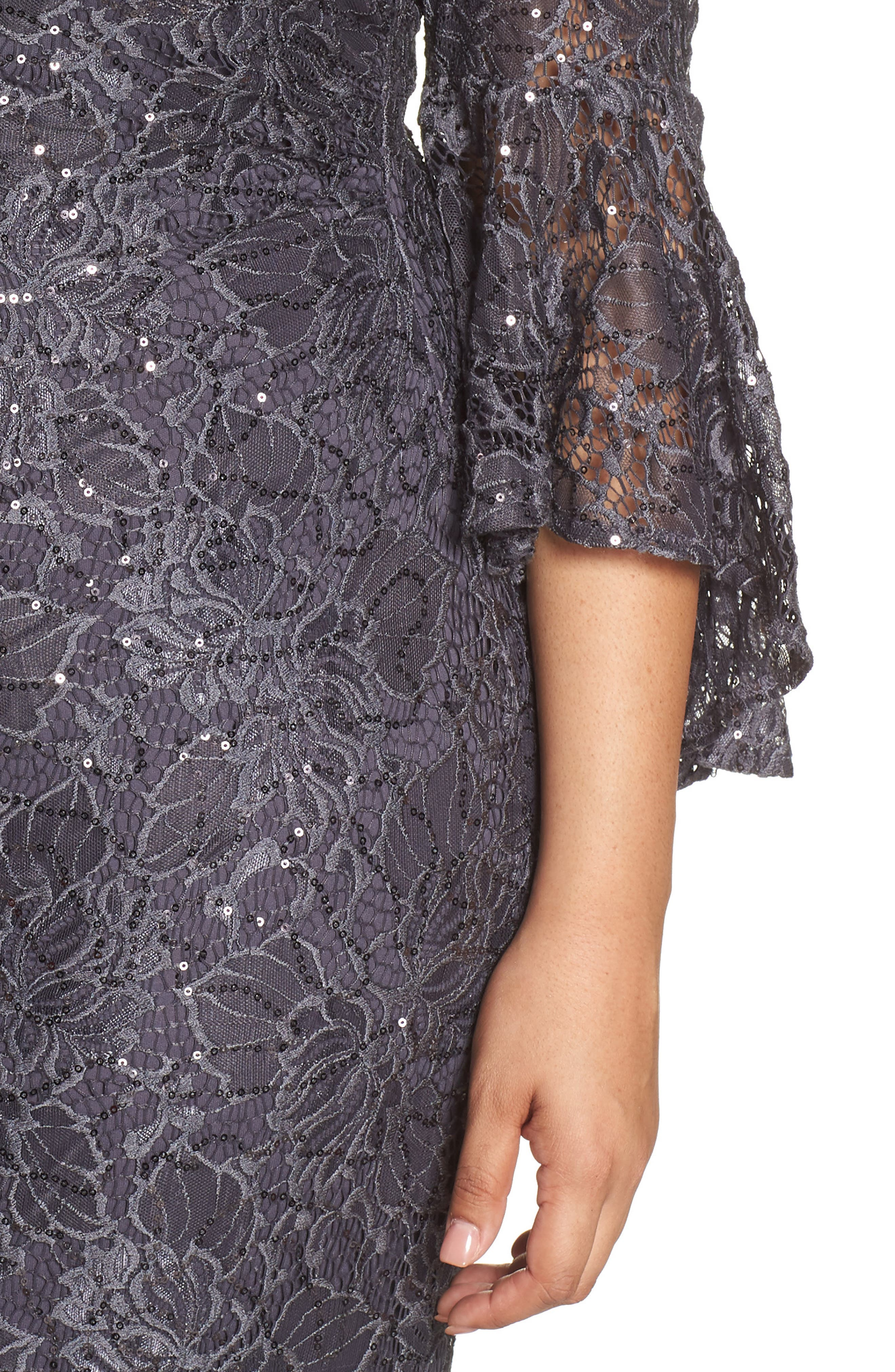 MORGAN & CO., Lace Bell Sleeve Gown, Alternate thumbnail 5, color, CHARCOAL