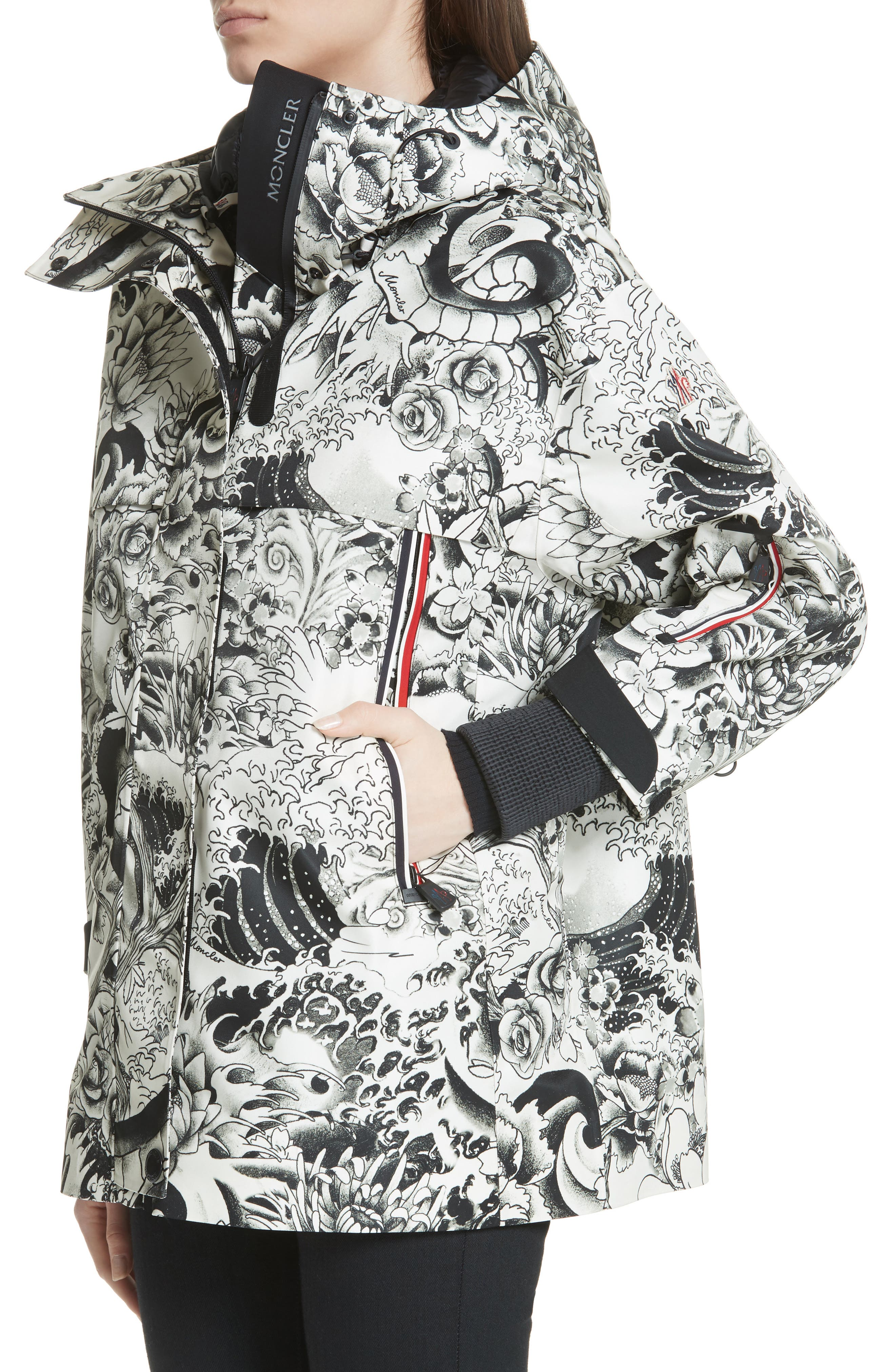 MONCLER, Neves Tattoo Print Hooded Down Coat, Alternate thumbnail 4, color, BLACK