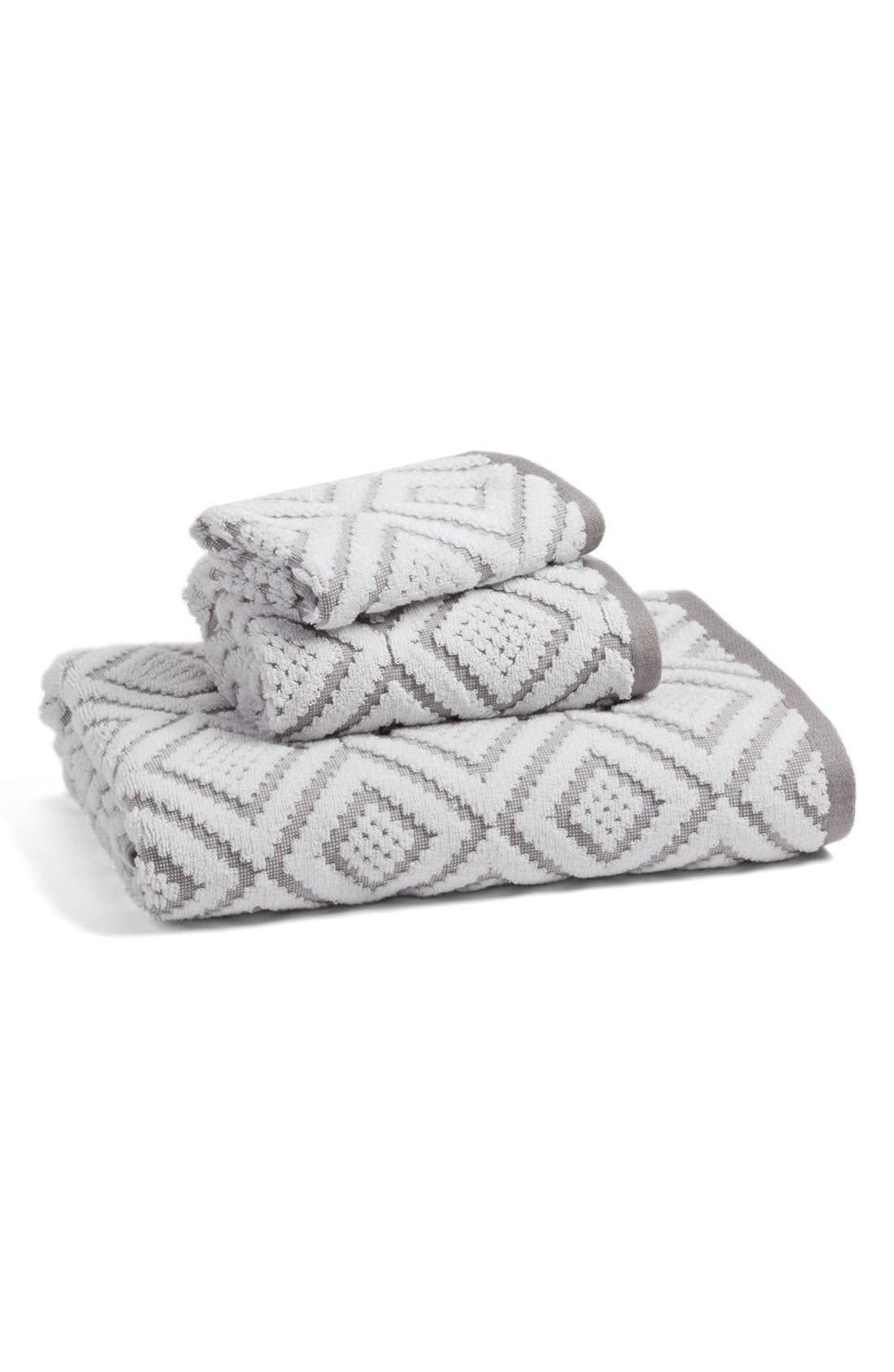 NORDSTROM AT HOME, Diamond Bath Towel, Alternate thumbnail 4, color, 020
