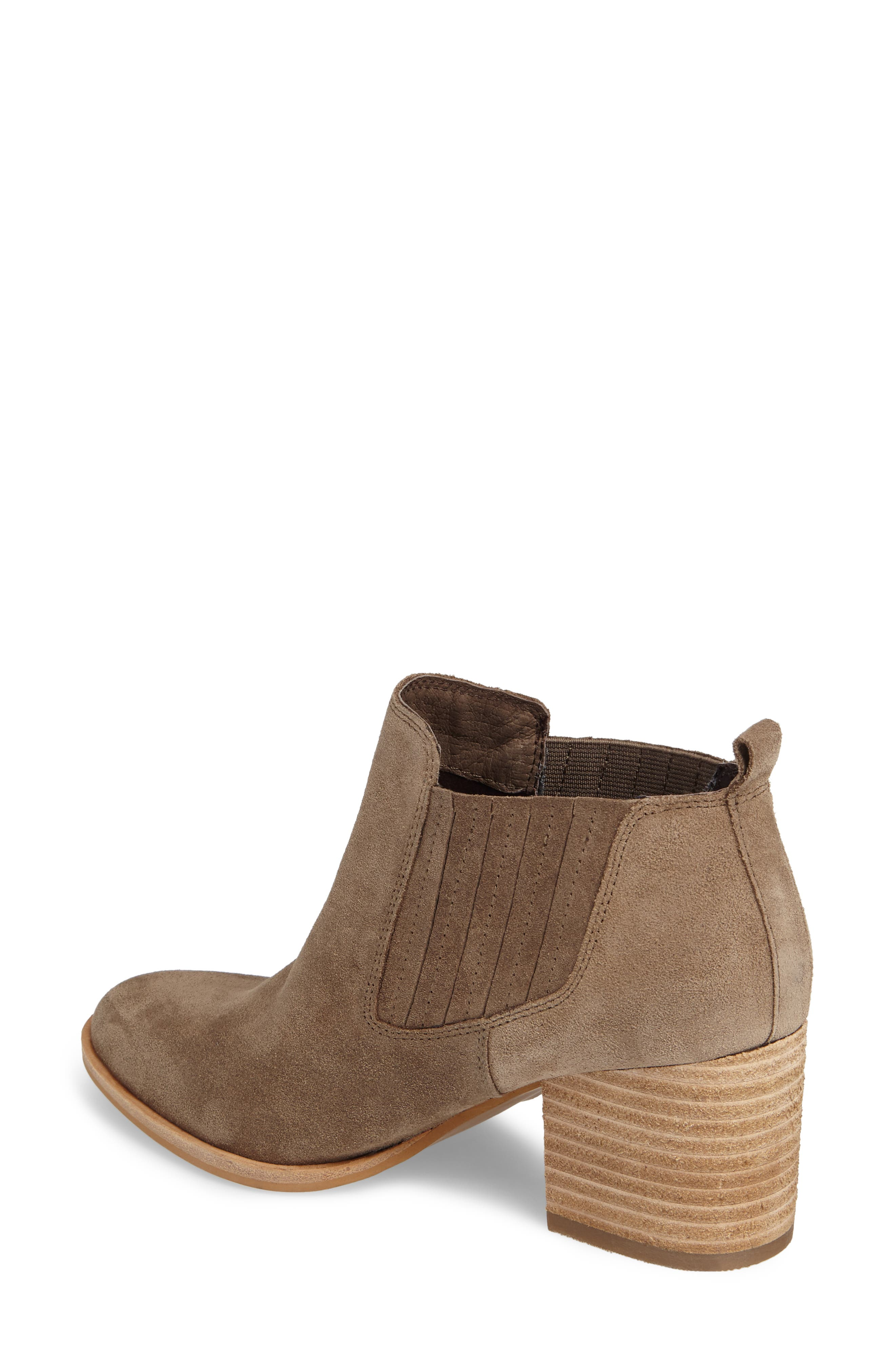 ISOLÁ, Olicia Gored Bootie, Alternate thumbnail 2, color, MARMOTTA LIGHT GREY SUEDE