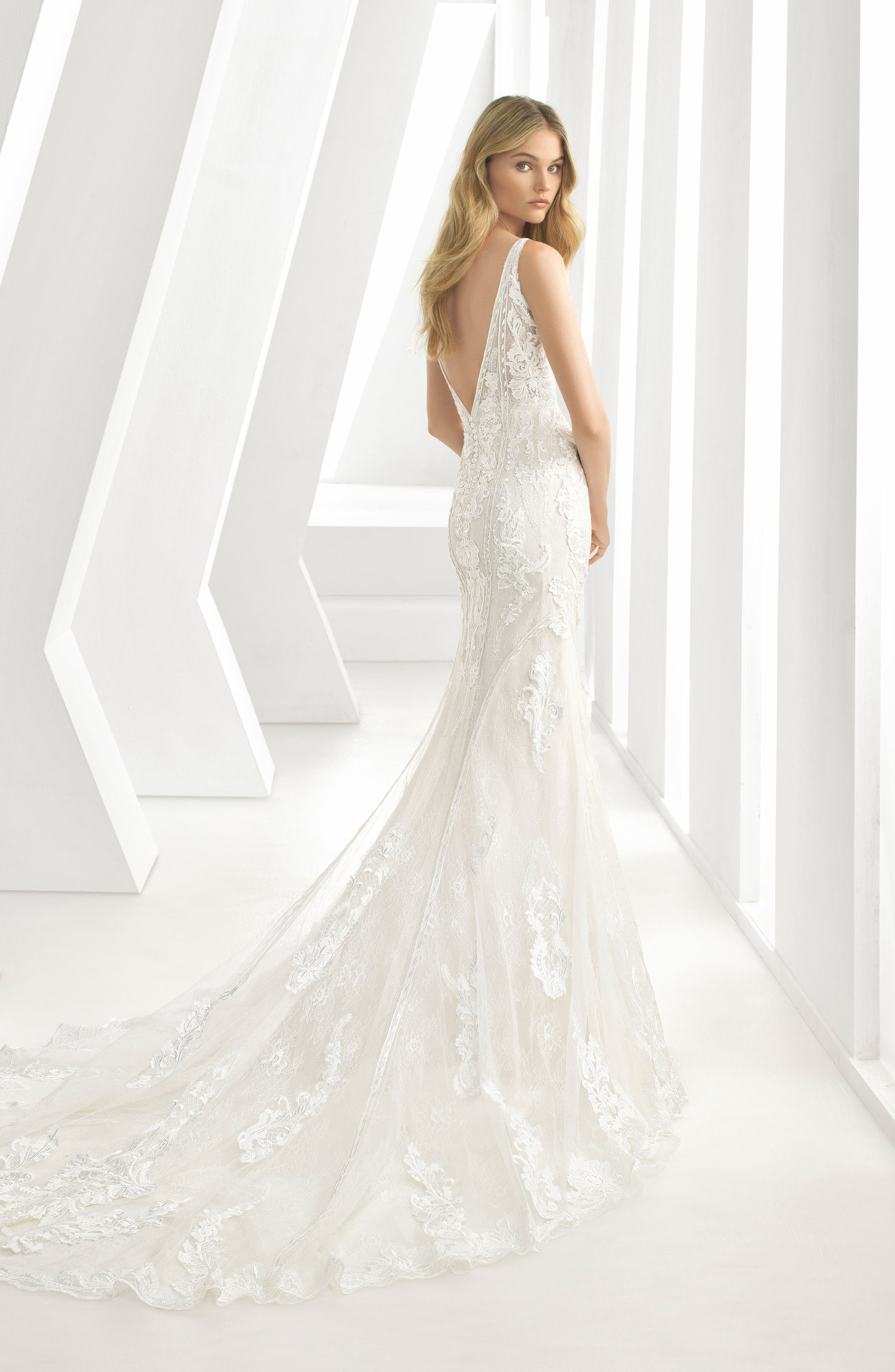 ROSA CLARÁ, Debbie Sweetheart Neck Tulle & Lace Mermaid Gown, Alternate thumbnail 2, color, IVORY