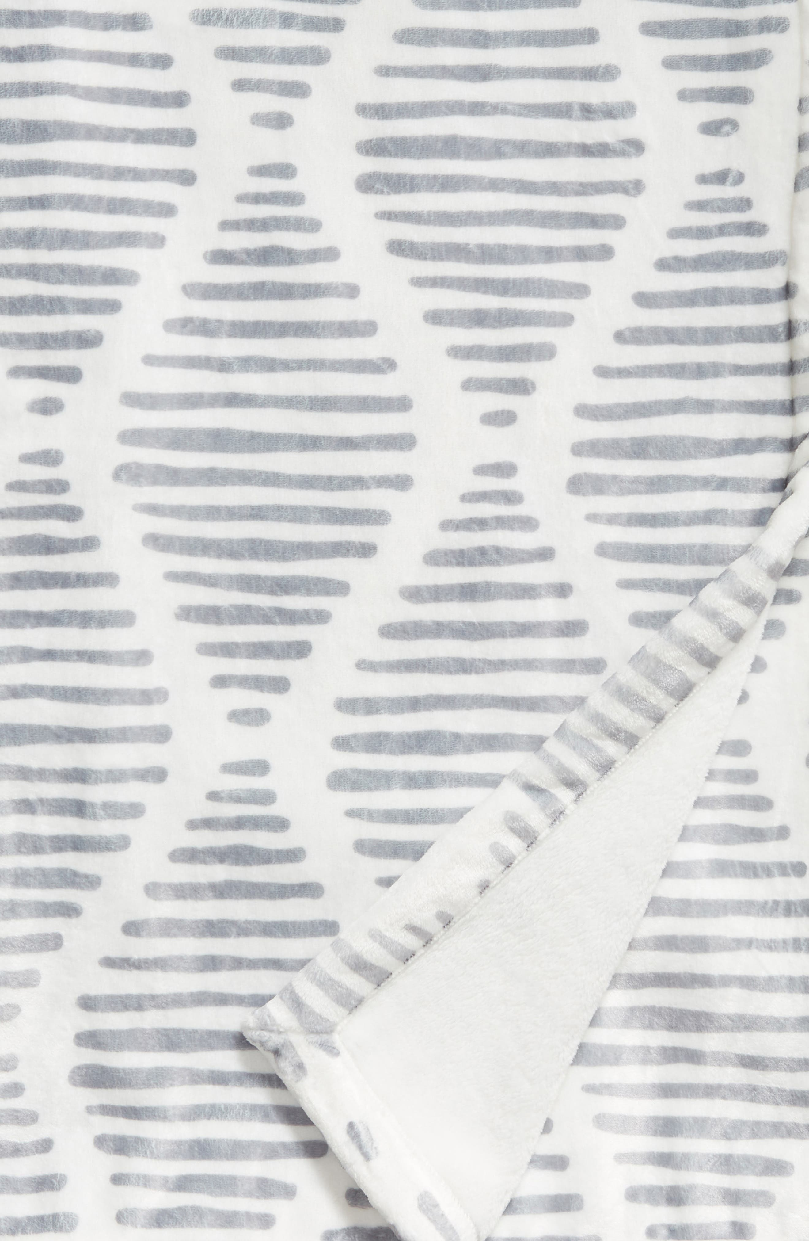 LEVTEX, Scattered Lines Throw Blanket, Alternate thumbnail 2, color, CHARCOAL