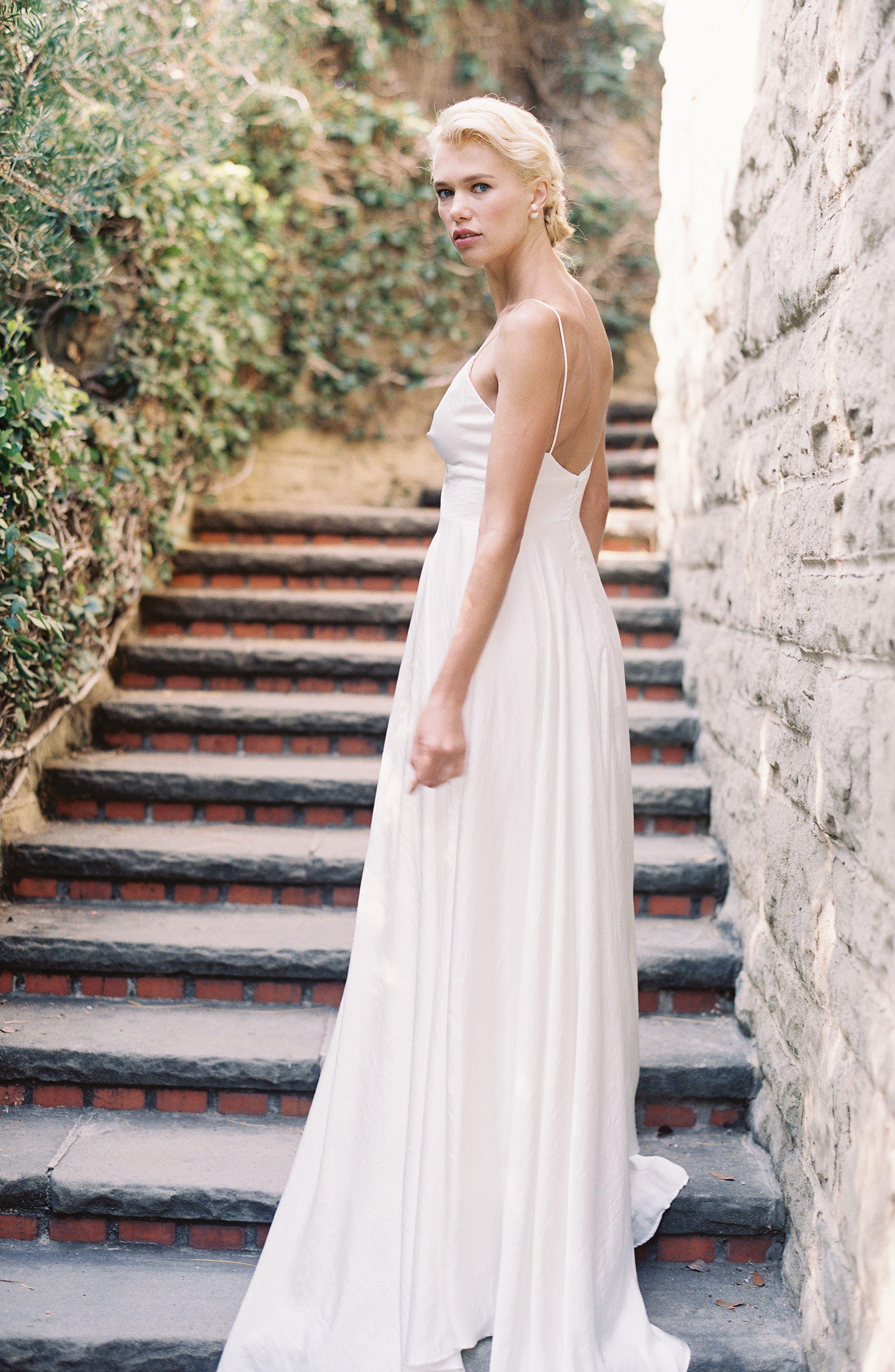 JOANNA AUGUST, Nancy V-Neck Crepe Wedding Dress, Alternate thumbnail 6, color, WHITE