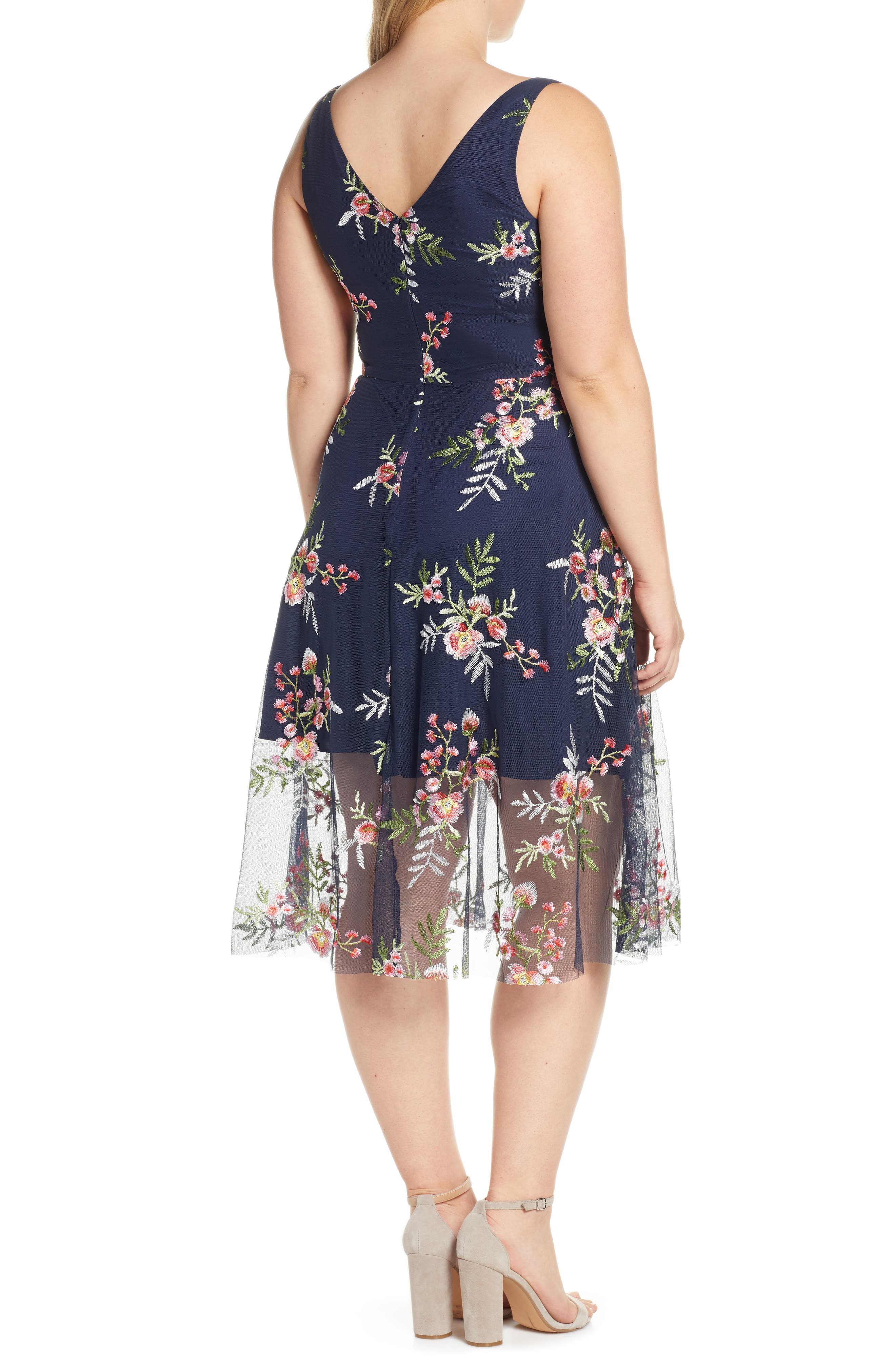 VINCE CAMUTO, Floral Embroidered Mesh Midi Dress, Alternate thumbnail 9, color, NAVY/ MULTI