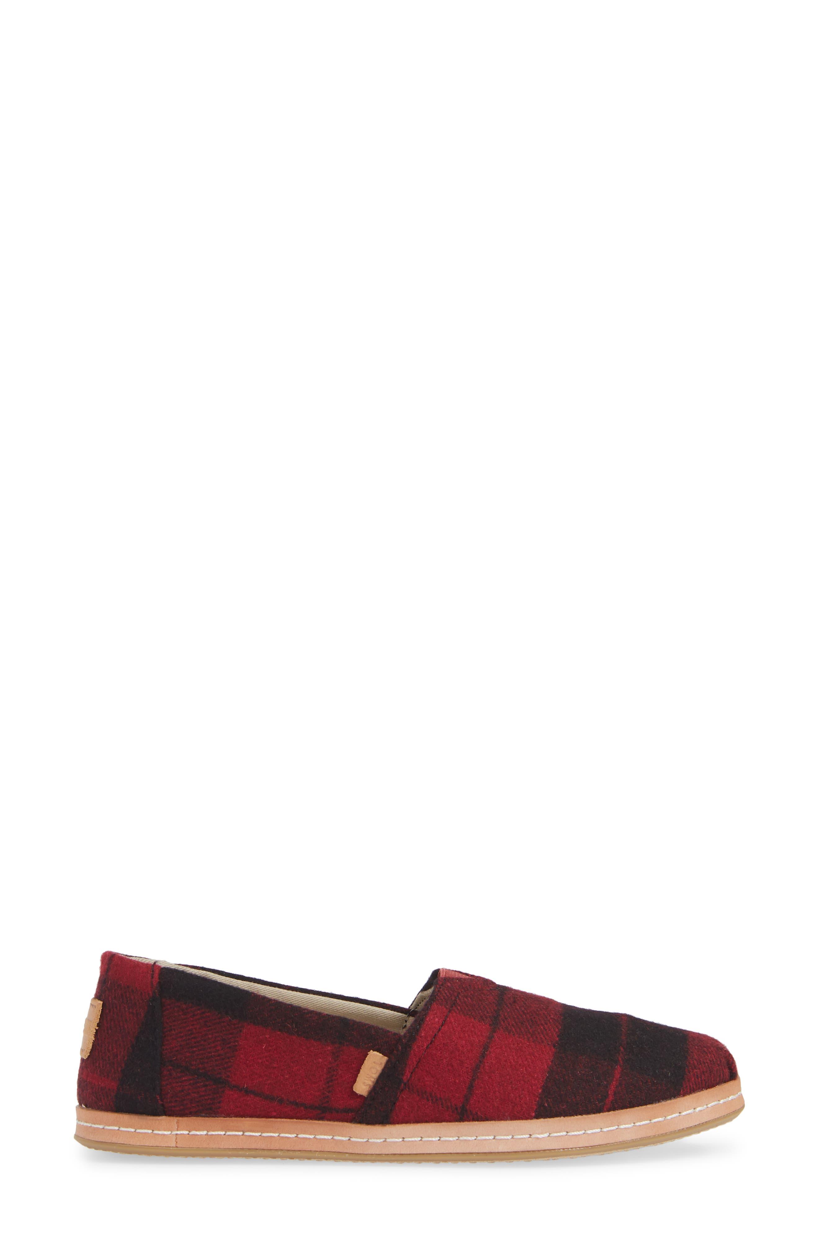 TOMS, Classic - Alpargata Slip-On, Alternate thumbnail 3, color, RED PLAID FABRIC