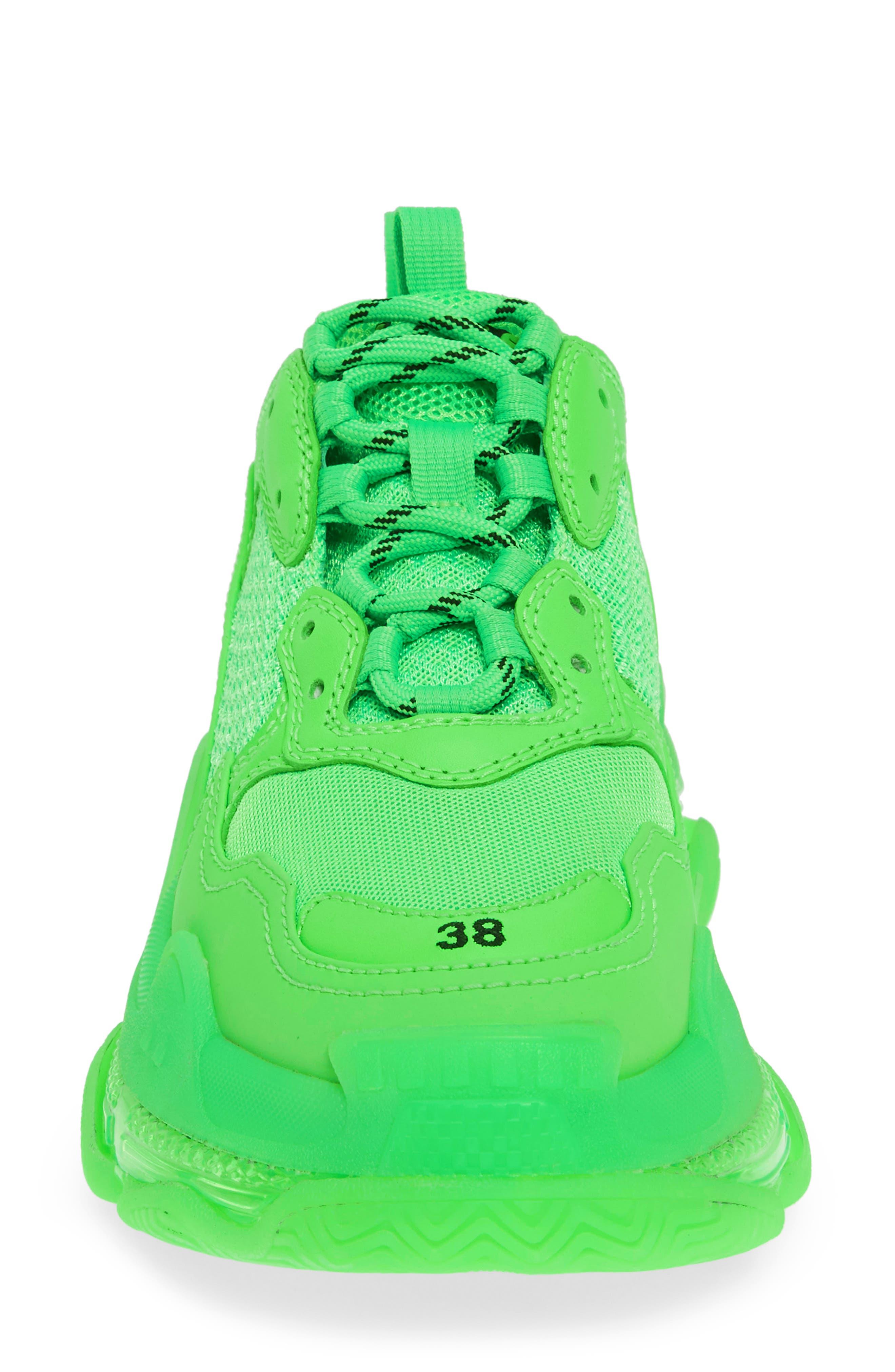 BALENCIAGA, Triple S Low Top Sneaker, Alternate thumbnail 4, color, GREEN FLUO