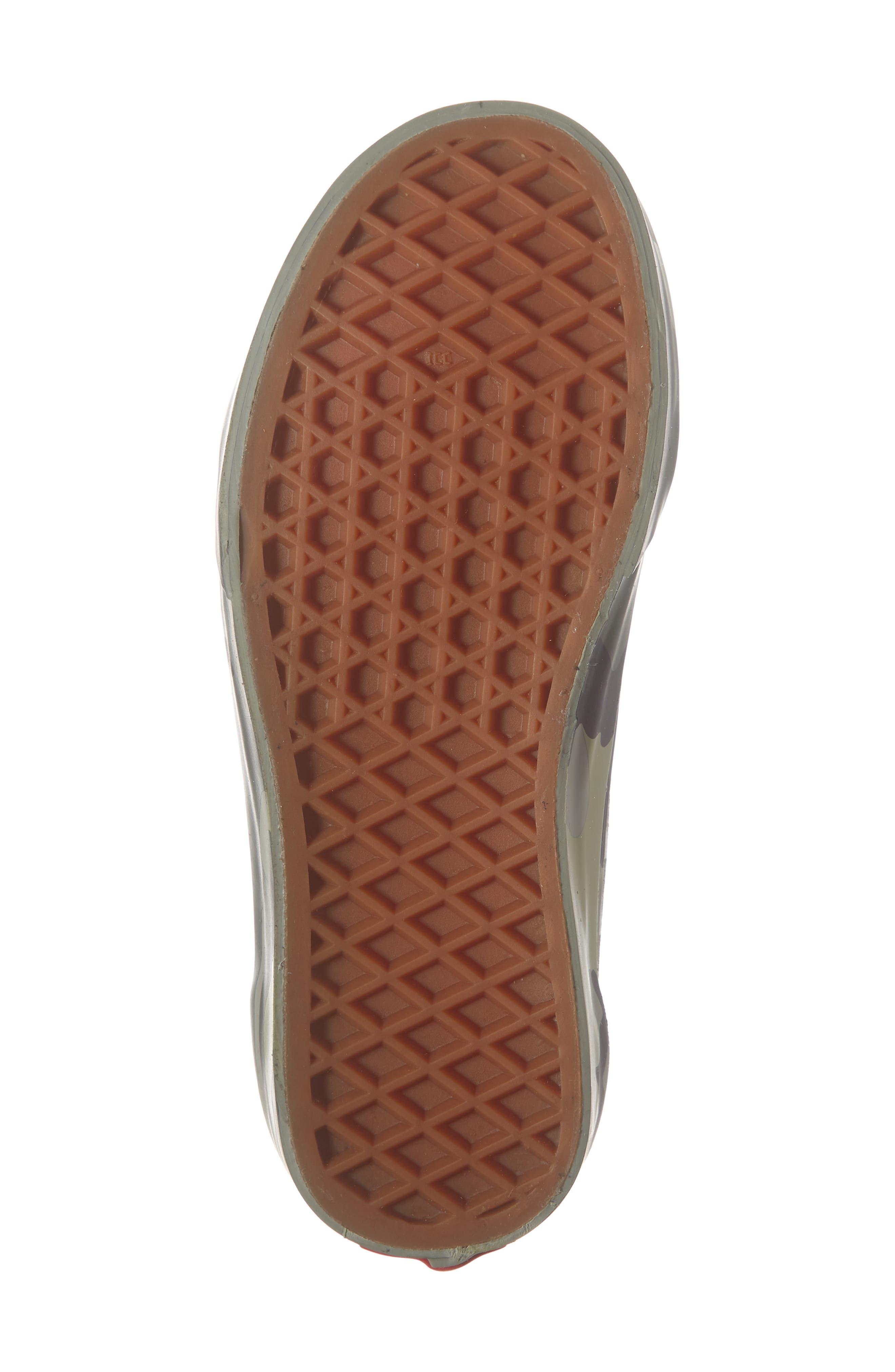 VANS, Old Skool Sneaker, Alternate thumbnail 6, color, PLAID CAMO GRAPE LEAF/ WHITE