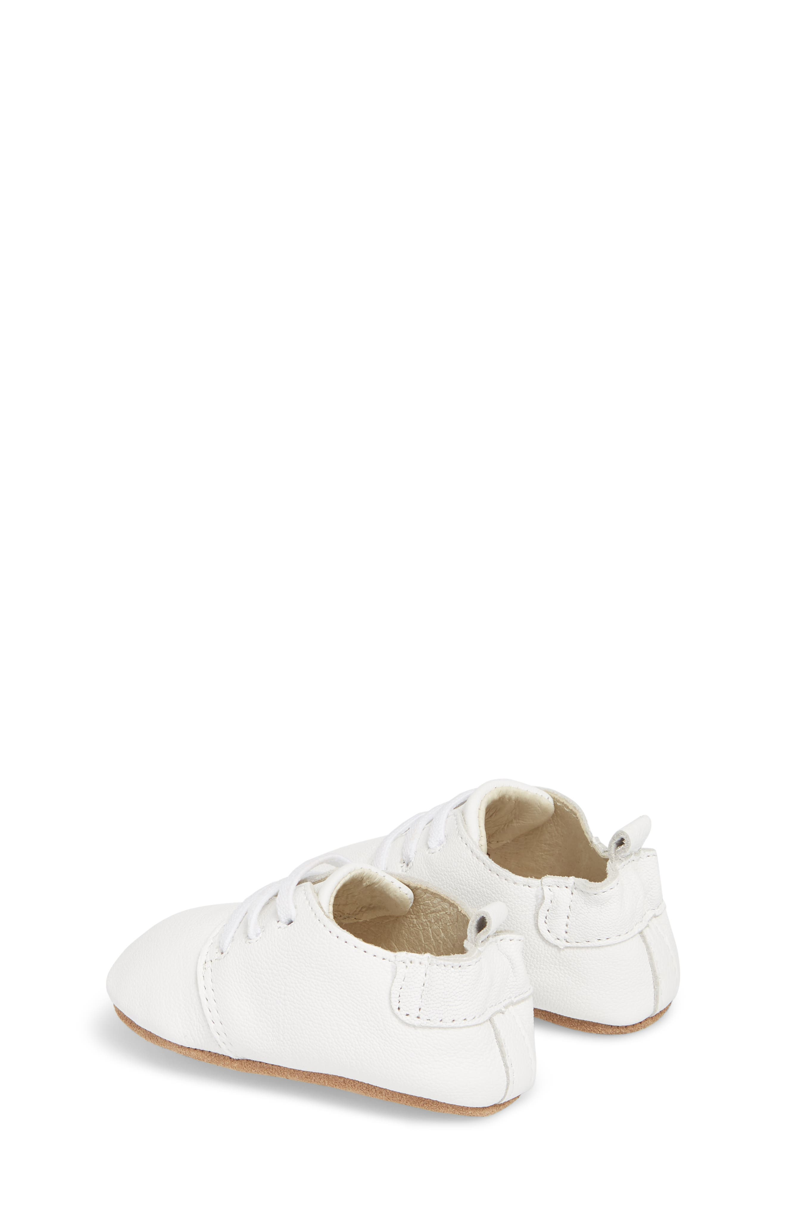ROBEEZ<SUP>®</SUP>, Owen Oxford Crib Shoe, Alternate thumbnail 2, color, WHITE
