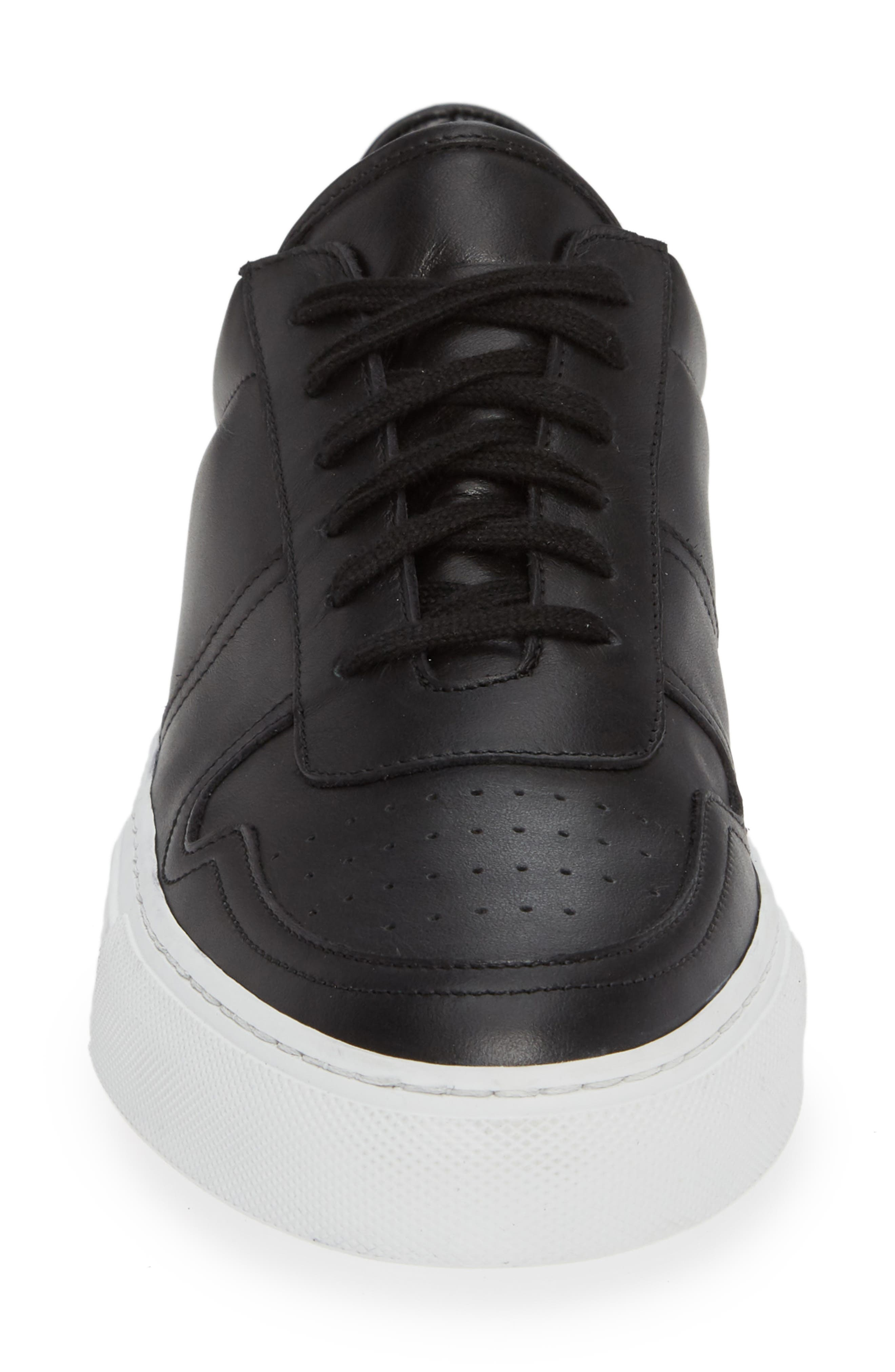 COMMON PROJECTS, Bball Low Top Sneaker, Alternate thumbnail 4, color, BLACK