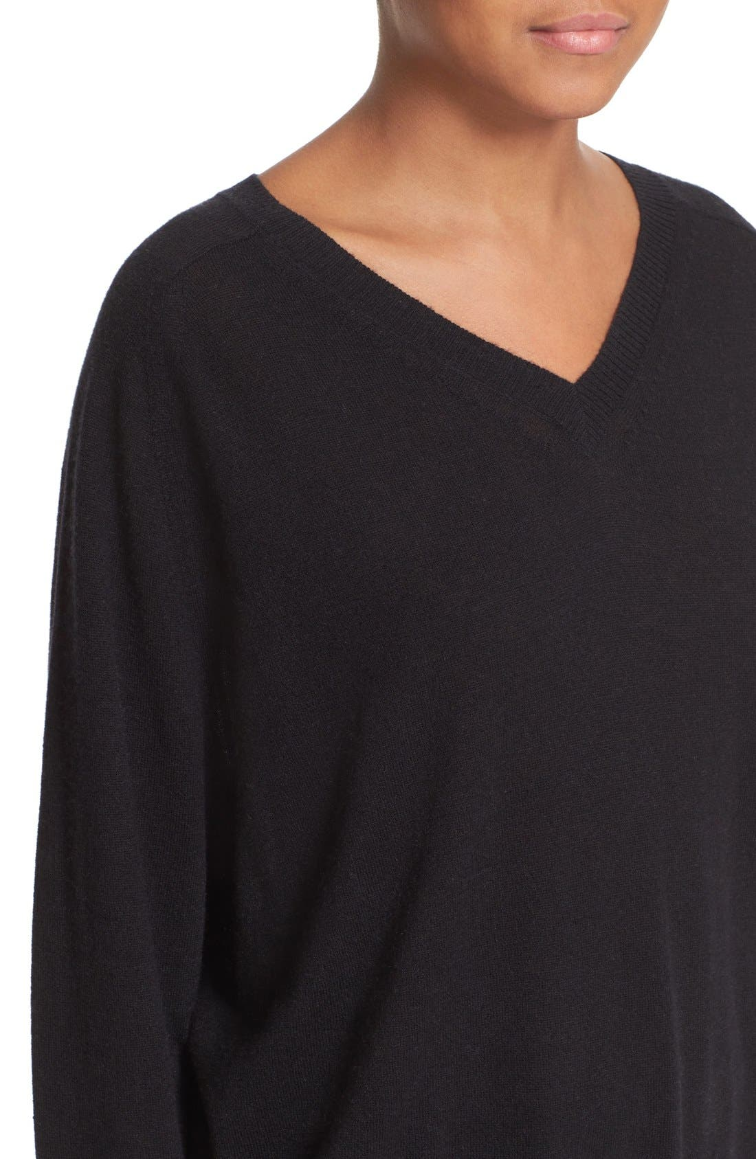 VINCE, Relaxed Cashmere V-Neck Sweater, Alternate thumbnail 3, color, 001