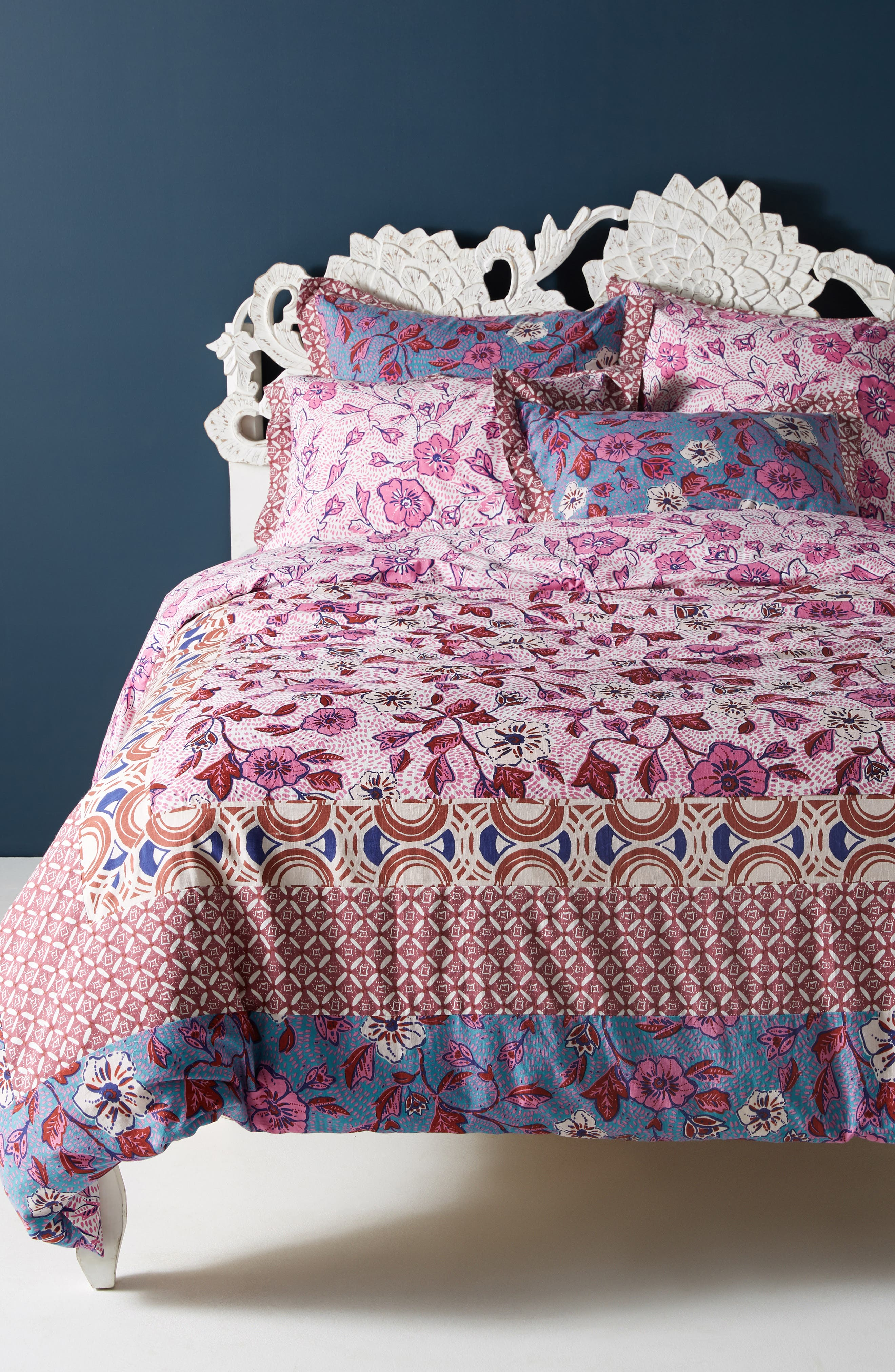 ANTHROPOLOGIE, Zola Duvet Cover, Main thumbnail 1, color, PINK