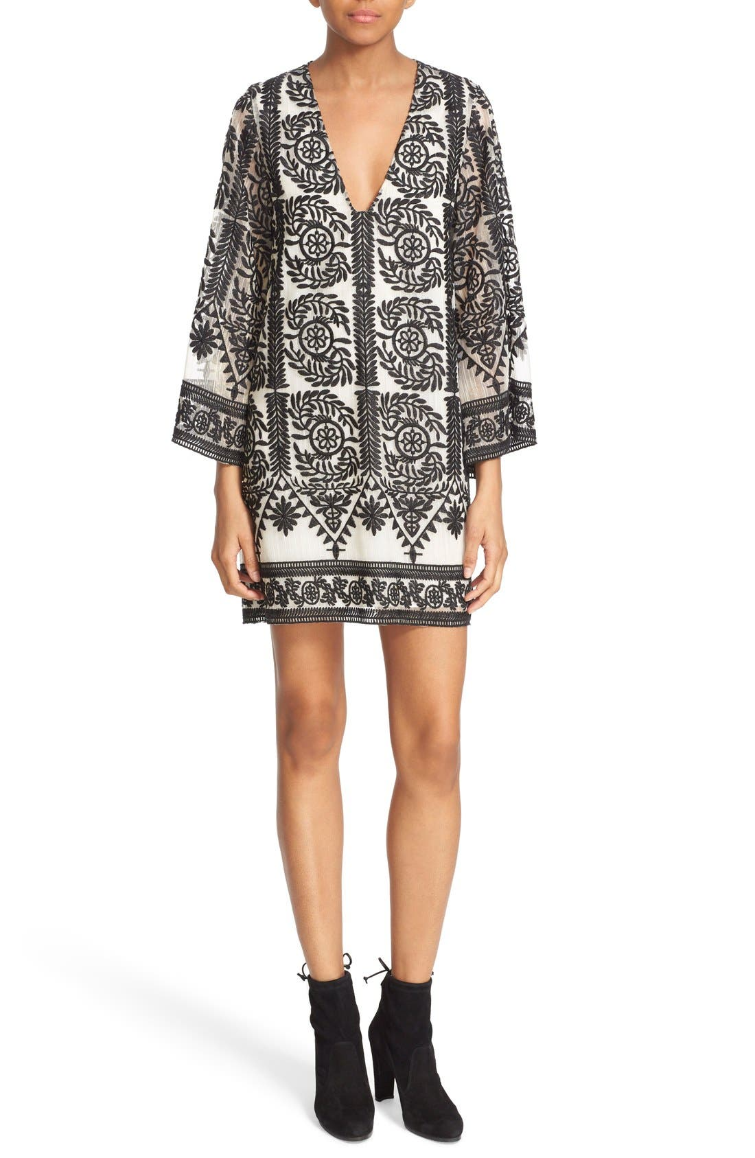 ALICE + OLIVIA, 'Katt' Print V-Neck Caftan Minidress, Main thumbnail 1, color, 001