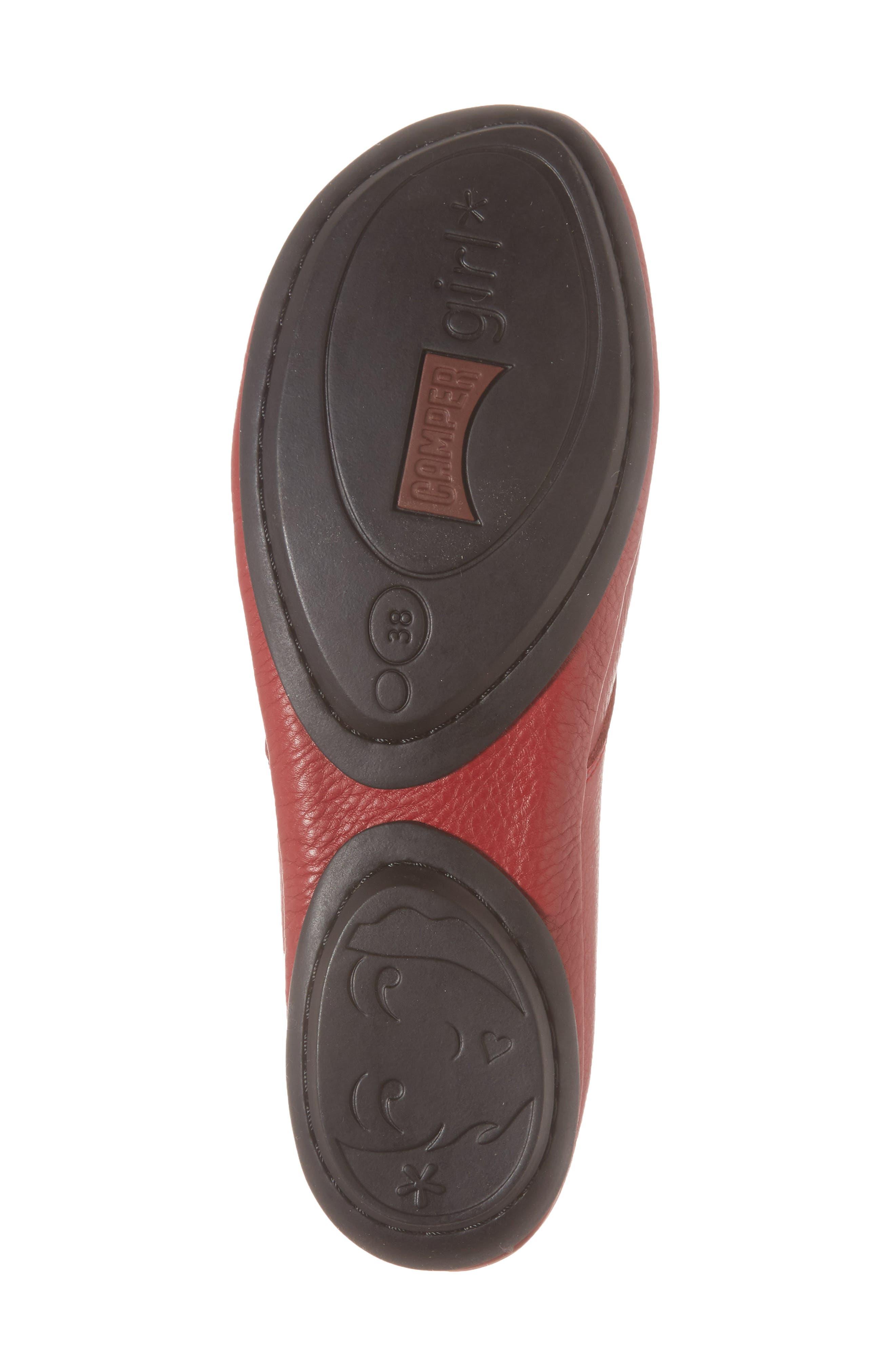 CAMPER, Right Nina Desert Boot, Alternate thumbnail 6, color, MEDIUM RED LEATHER