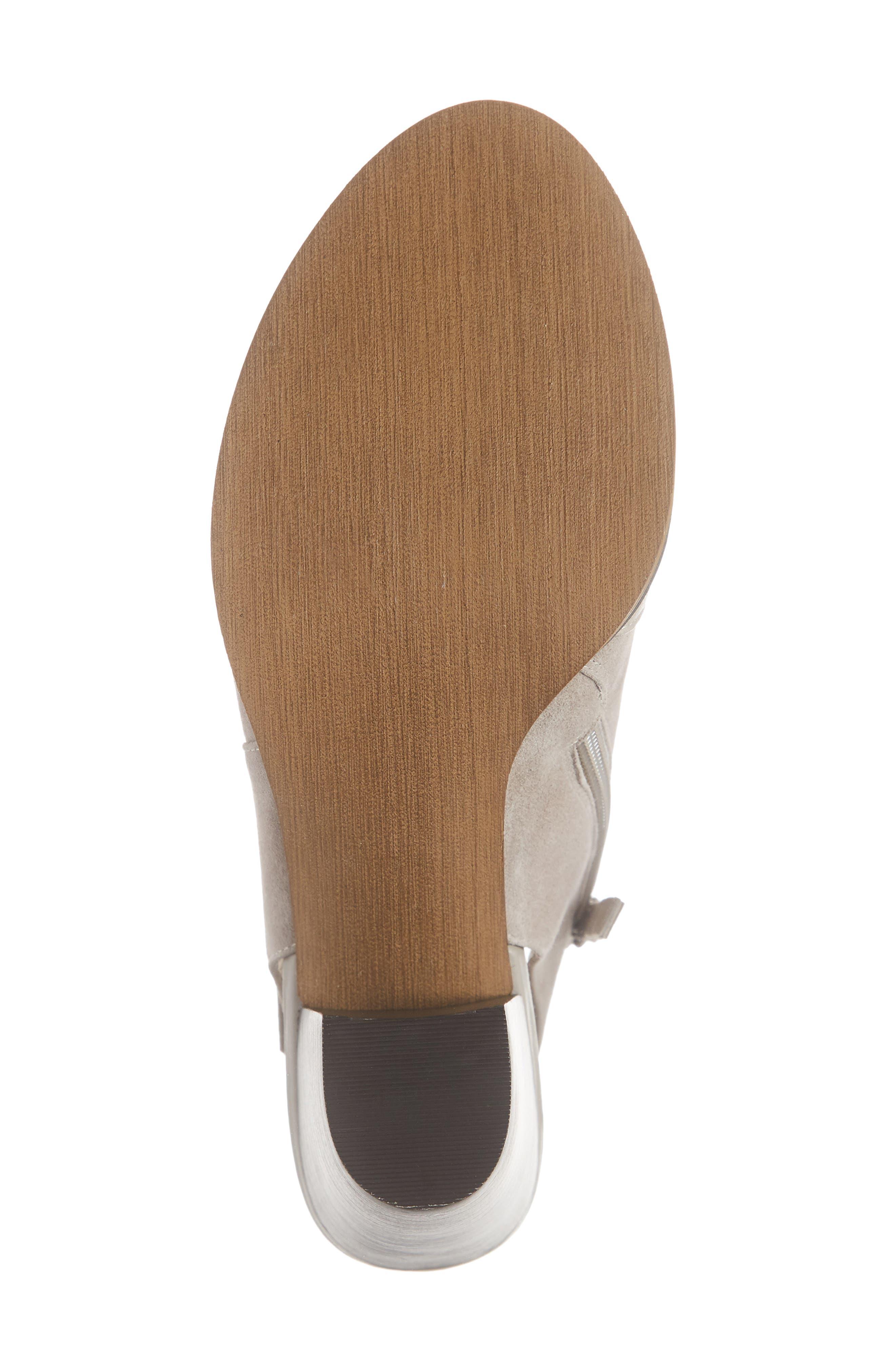 BELLA VITA, Kellan Mixed Finish Sandal, Alternate thumbnail 6, color, STONE LEATHER/ SUEDE