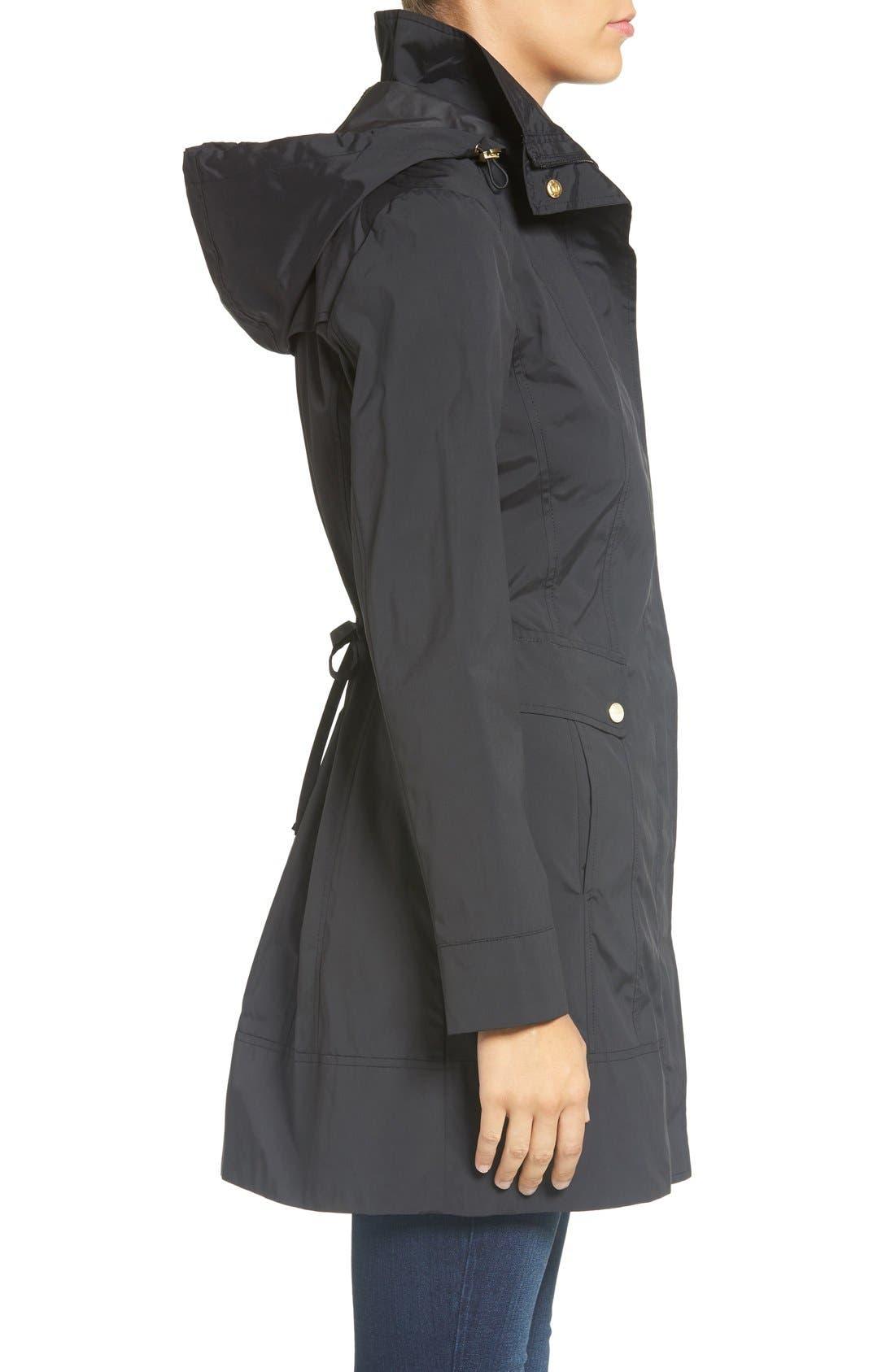 COLE HAAN SIGNATURE, Back Bow Packable Hooded Raincoat, Alternate thumbnail 5, color, BLACK