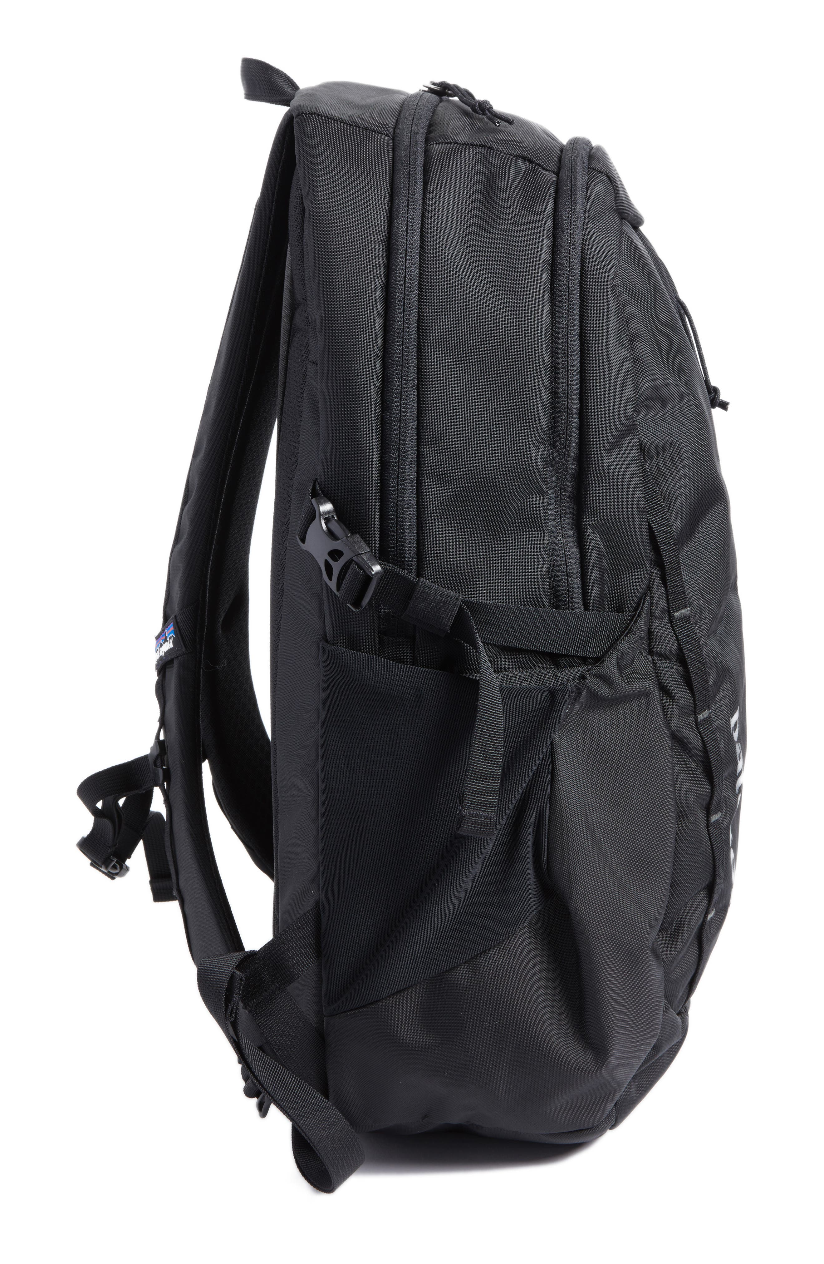 PATAGONIA, Refugio 26L Backpack, Alternate thumbnail 6, color, BLACK