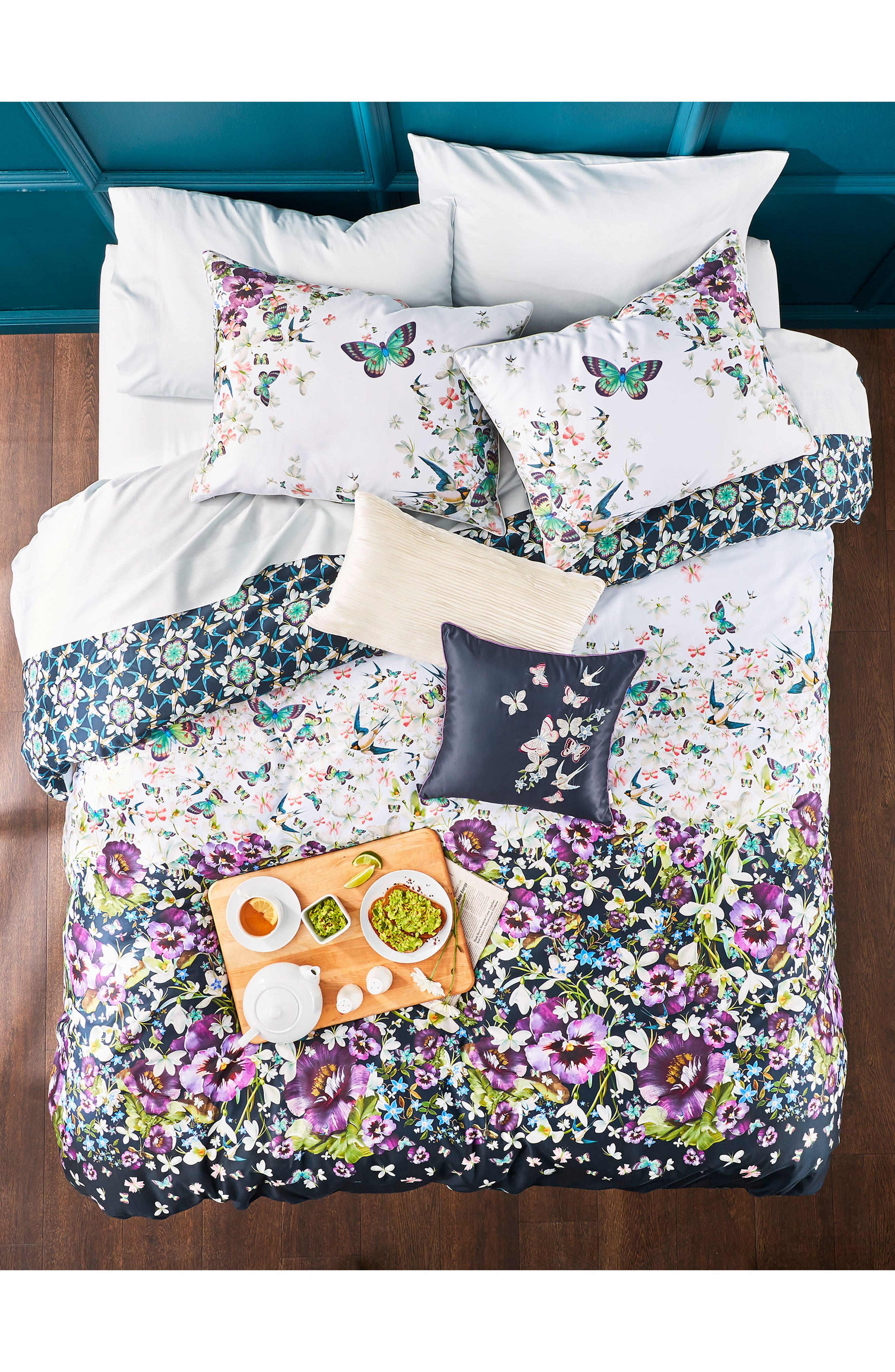 TED BAKER LONDON, Entangled Enchantment Comforter & Sham Set, Alternate thumbnail 8, color, SKY