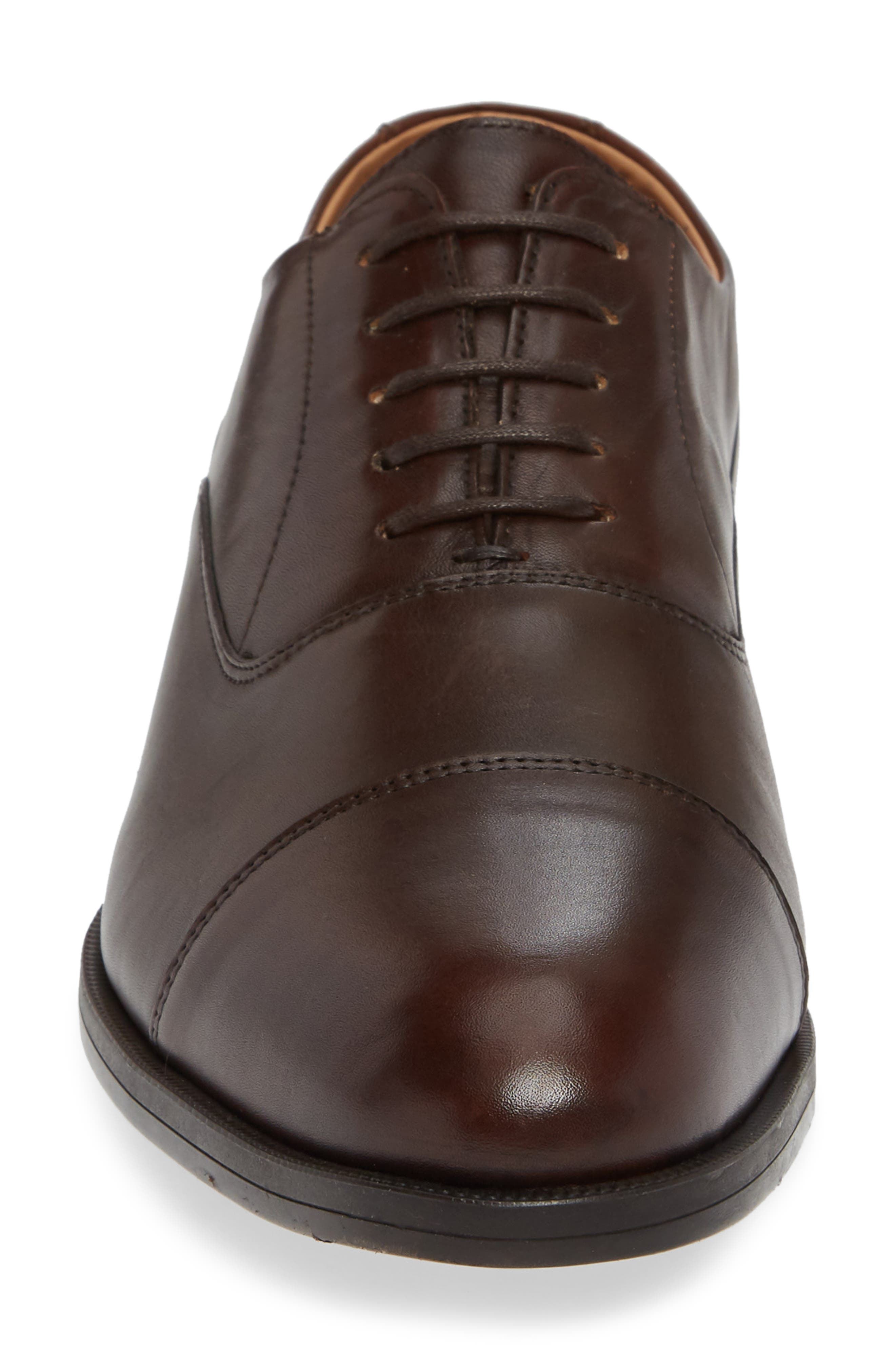 VINCE CAMUTO, Iven Cap Toe Oxford, Alternate thumbnail 4, color, DARK BROWN LEATHER