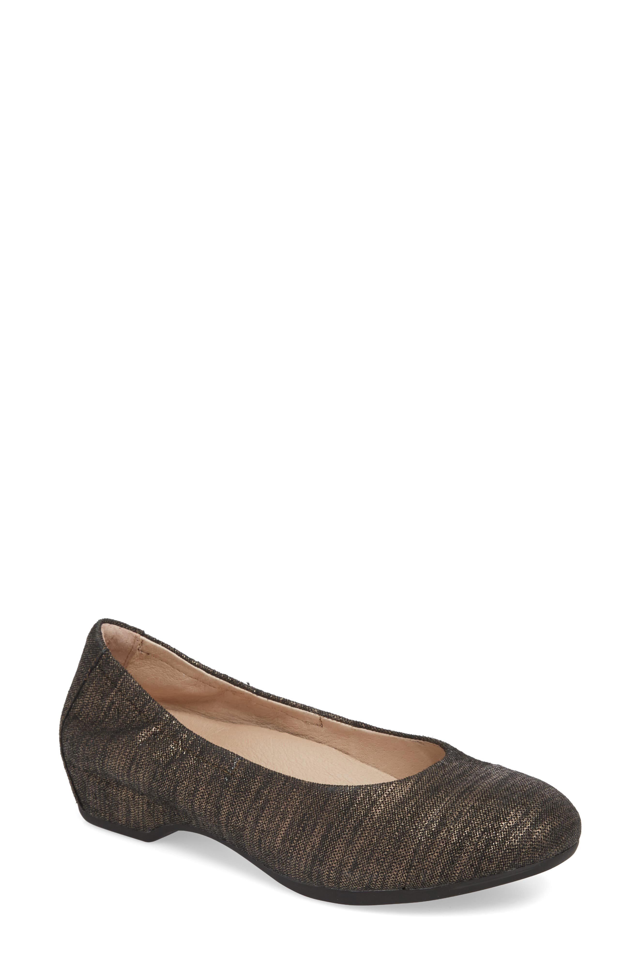 DANSKO, Lisanne Flat, Main thumbnail 1, color, PEWTER TEXTURED LEATHER