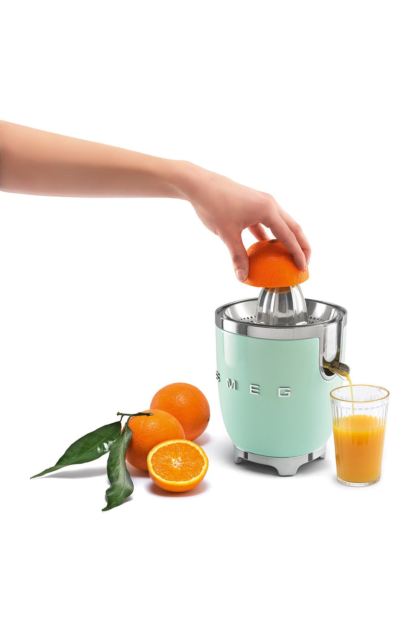 SMEG, 50s Retro Style Citrus Juicer, Alternate thumbnail 2, color, PASTEL GREEN