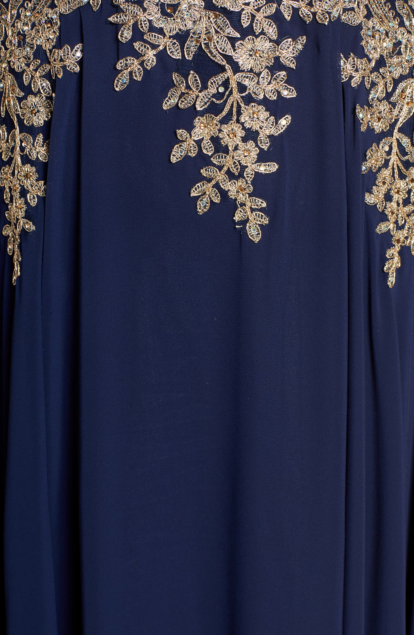 XSCAPE, Metallic Embroidered Gown, Alternate thumbnail 7, color, NAVY/ GOLD