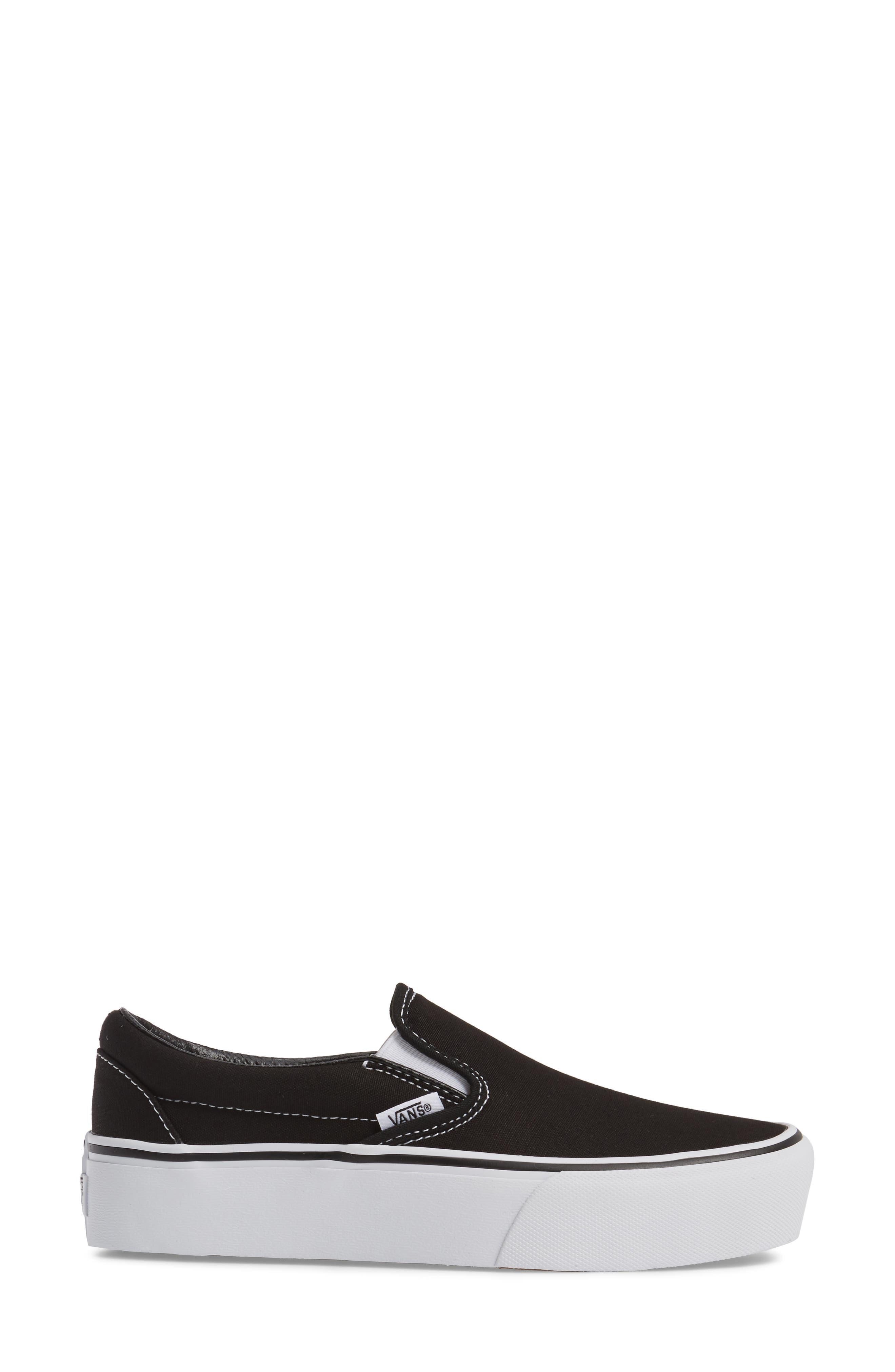 VANS, Platform Slip-On Sneaker, Alternate thumbnail 3, color, BLACK/ WHITE