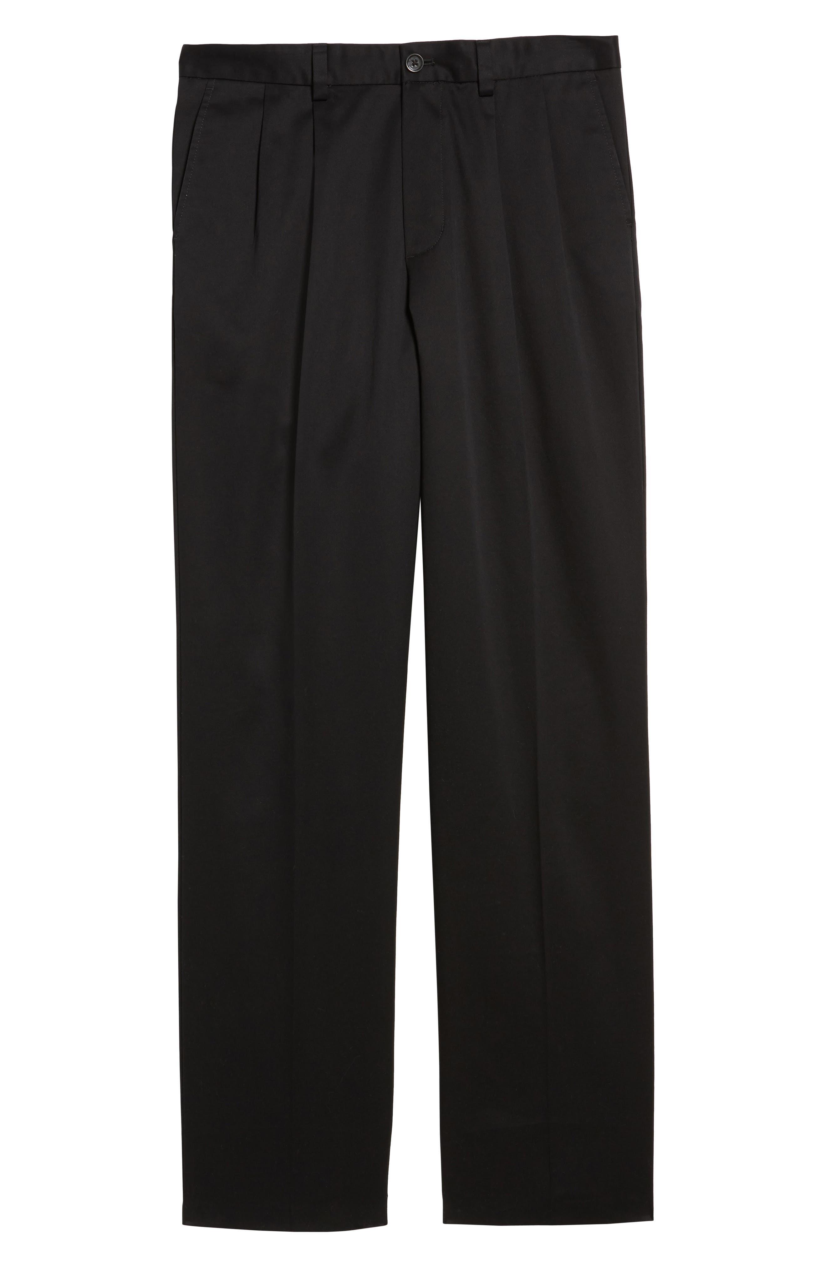 NORDSTROM MEN'S SHOP, 'Classic' Smartcare<sup>™</sup> Relaxed Fit Double Pleated Cotton Pants, Alternate thumbnail 7, color, BLACK