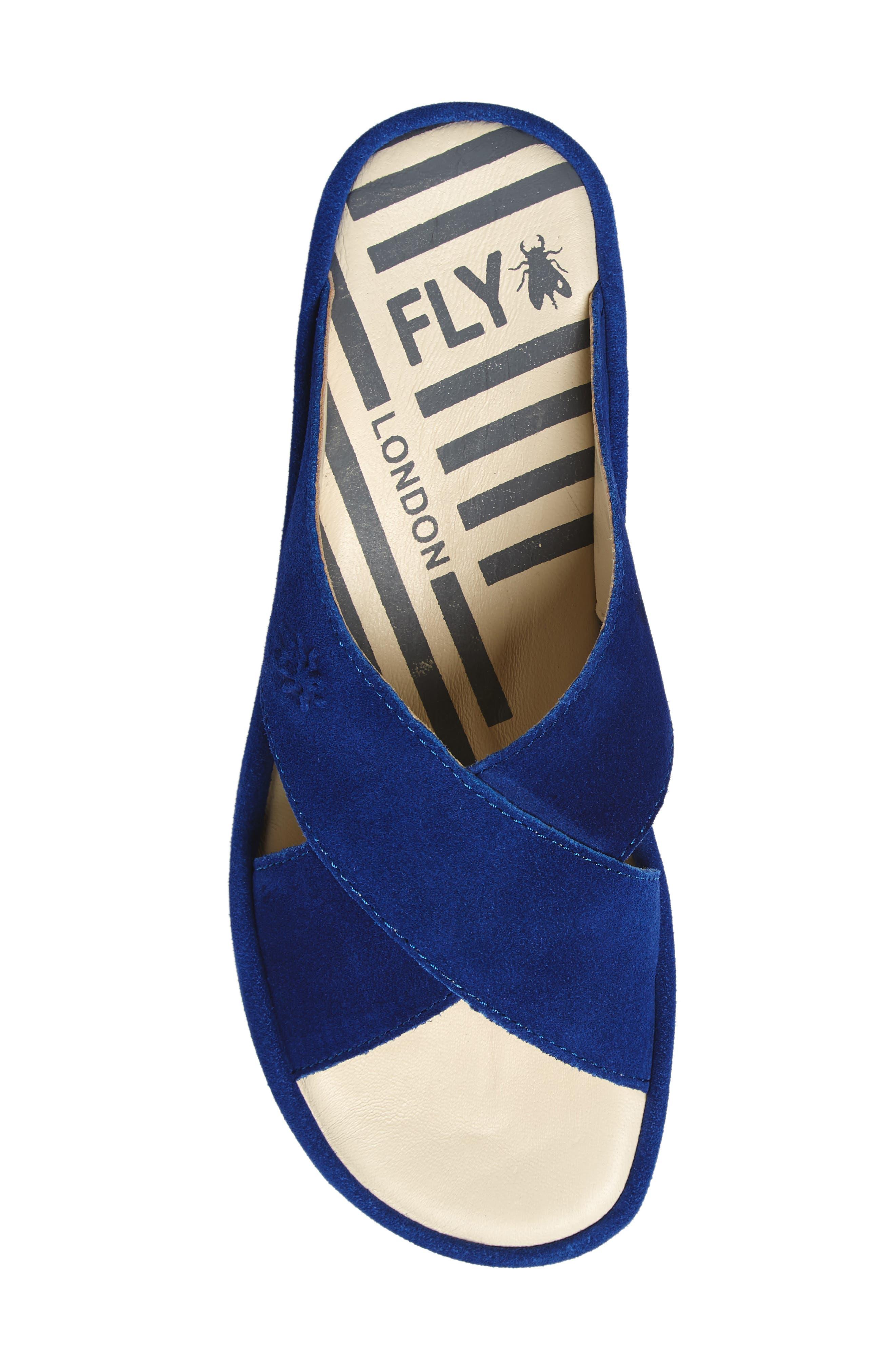 FLY LONDON, Begs Platform Slide Sandal, Alternate thumbnail 5, color, BLUE SUEDE