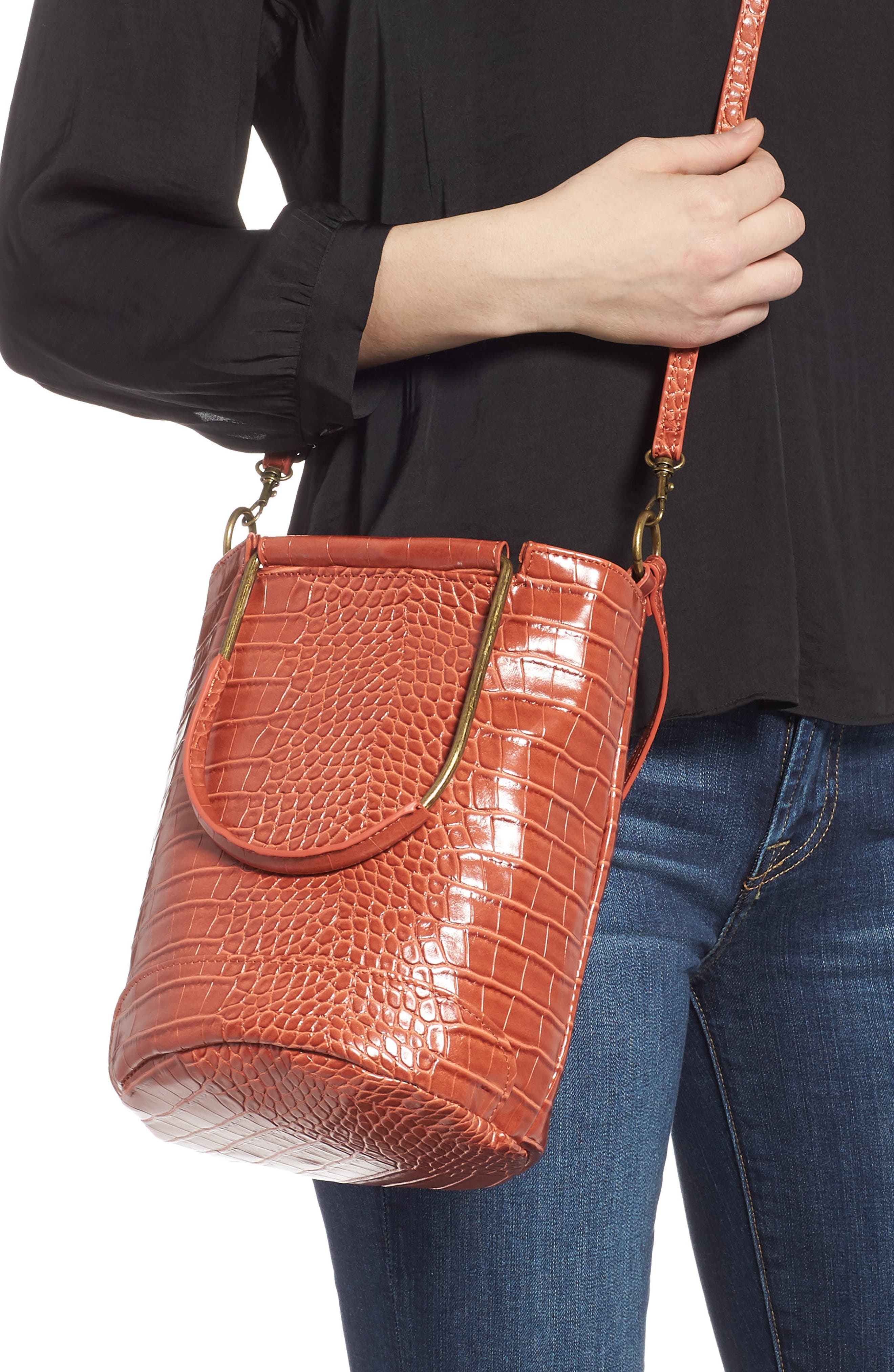 T-SHIRT & JEANS, Croc Embossed Faux Leather Tote, Alternate thumbnail 5, color, 810